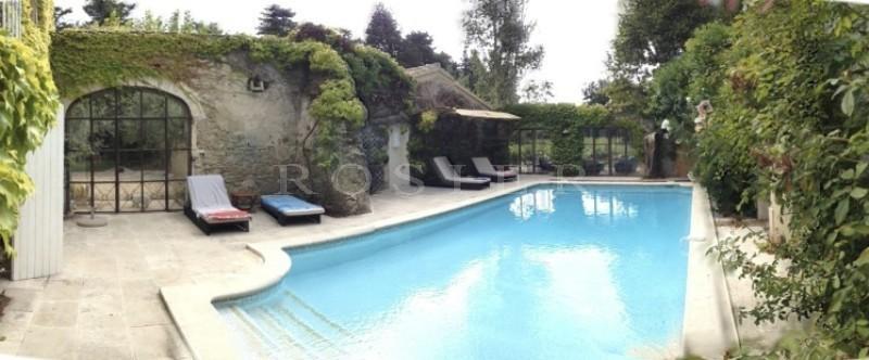 A vendre en Pays des Sorgues,  beau mas rénové avec dépendances, étang, piscine,  sur 3,6 hectares de terrain