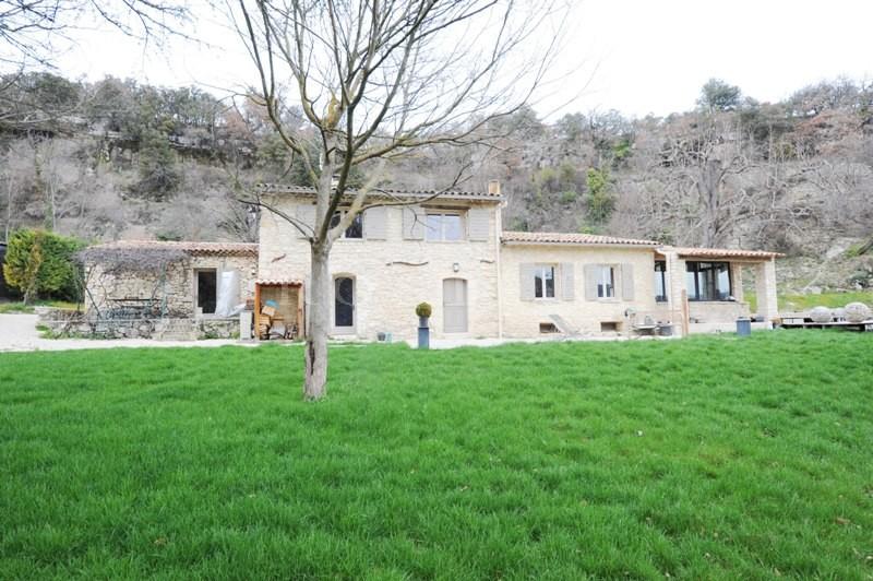 Ventes en provence vendre mas ancien renov sur 6 5 hectares de terrain avec piscine jacuzzi - Terrain a vendre salon de provence ...