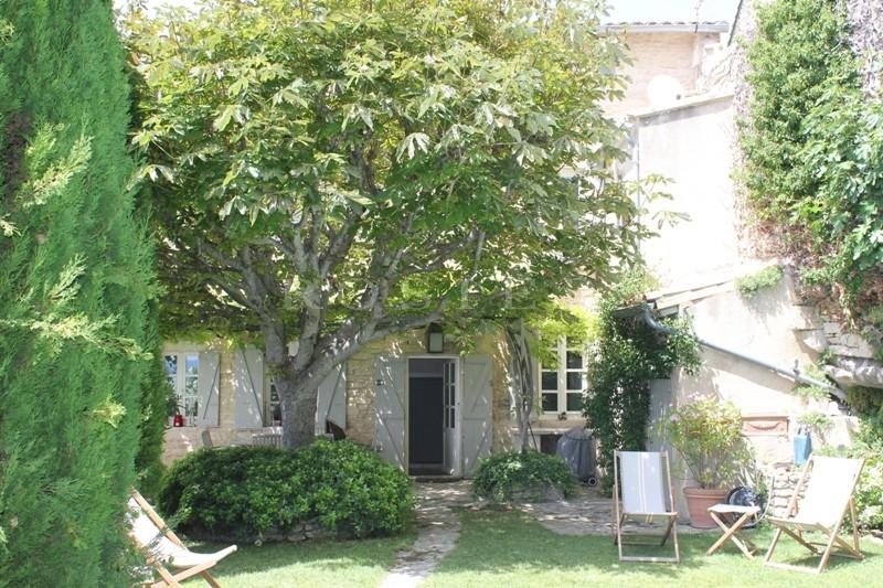 Ventes luberon vendre maison ancienne avec jardin et for Maison jardin piscine