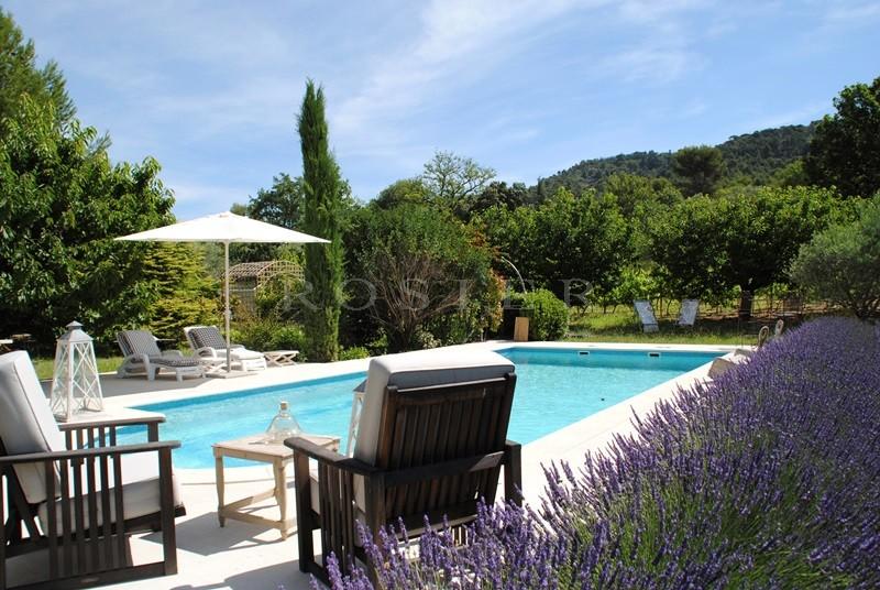 Ventes a deux pas de l 39 un des plus beaux villages de - Jardin paysager avec piscine ...