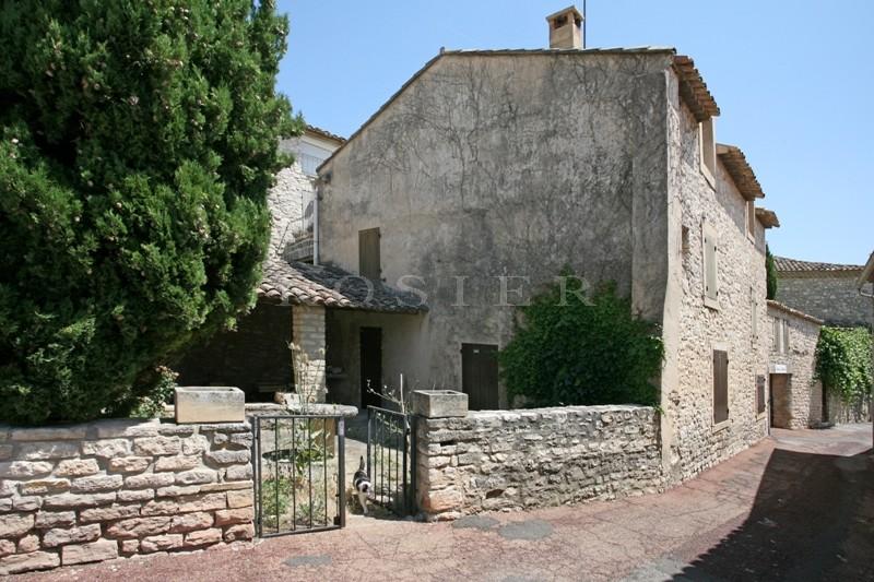 A vendre, Luberon, maison de village avec cour et jardinet