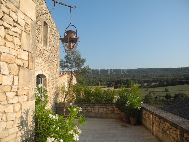 A vendre, en Luberon,  maison de hameau,  avec de belles vues, terrasses et garage