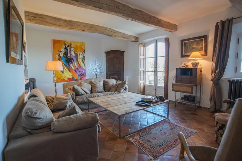ventes a vendre en luberon maison de hameau avec de belles vues terrasses et garage agence. Black Bedroom Furniture Sets. Home Design Ideas