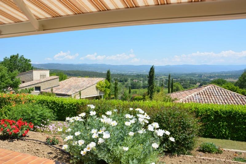 Luberon, jolie villa avec vues.