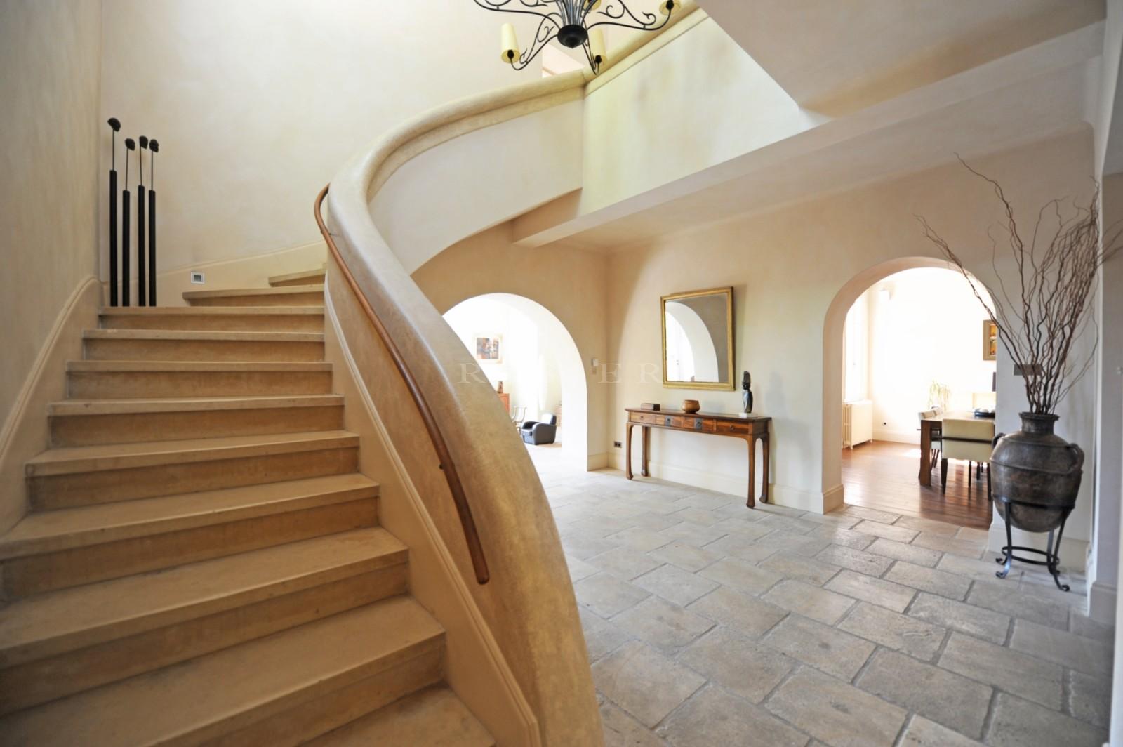 Belle propriété à vendre proche d'Avignon
