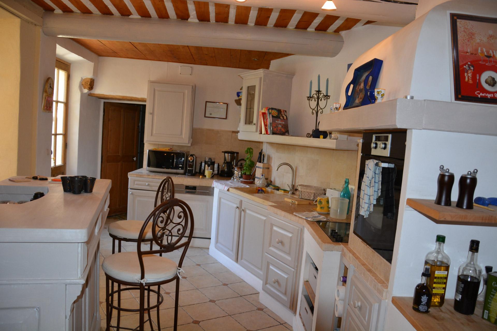 Maison de charme à vendre dans un hameau pittoresque du Luberon