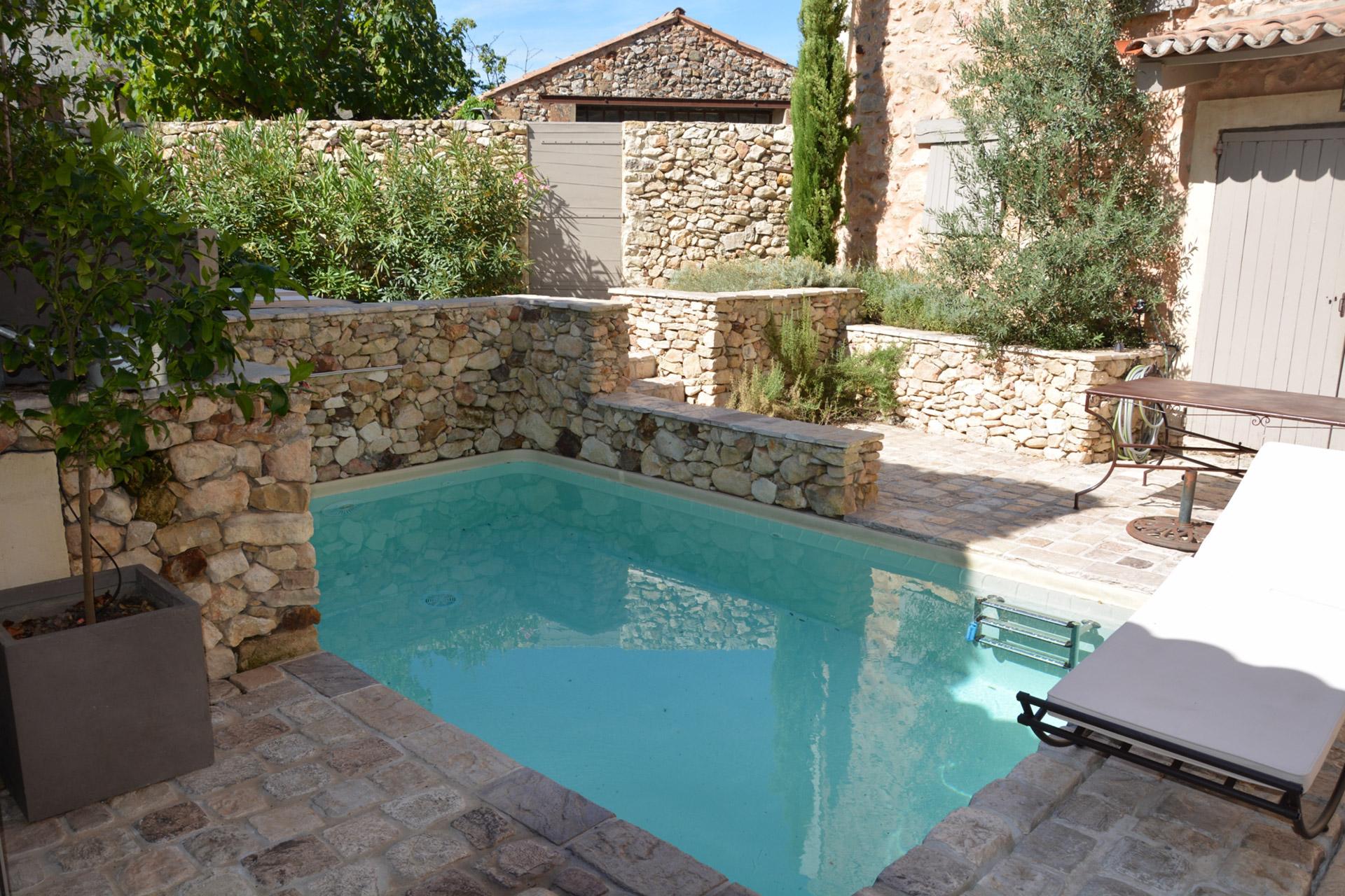 Maison restaurée à vendre en Provence