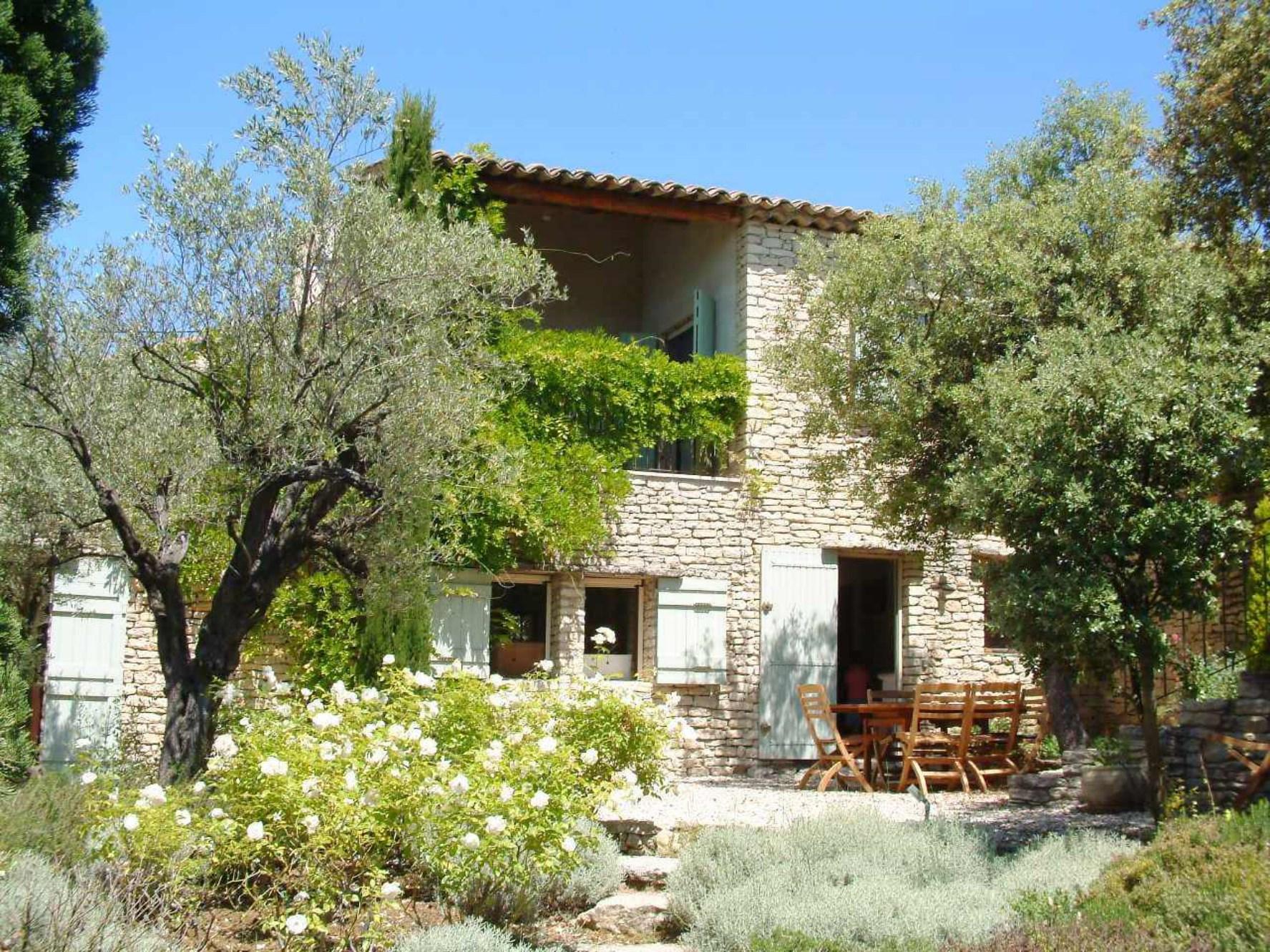 Belle maison en pierre à vendre en Luberon