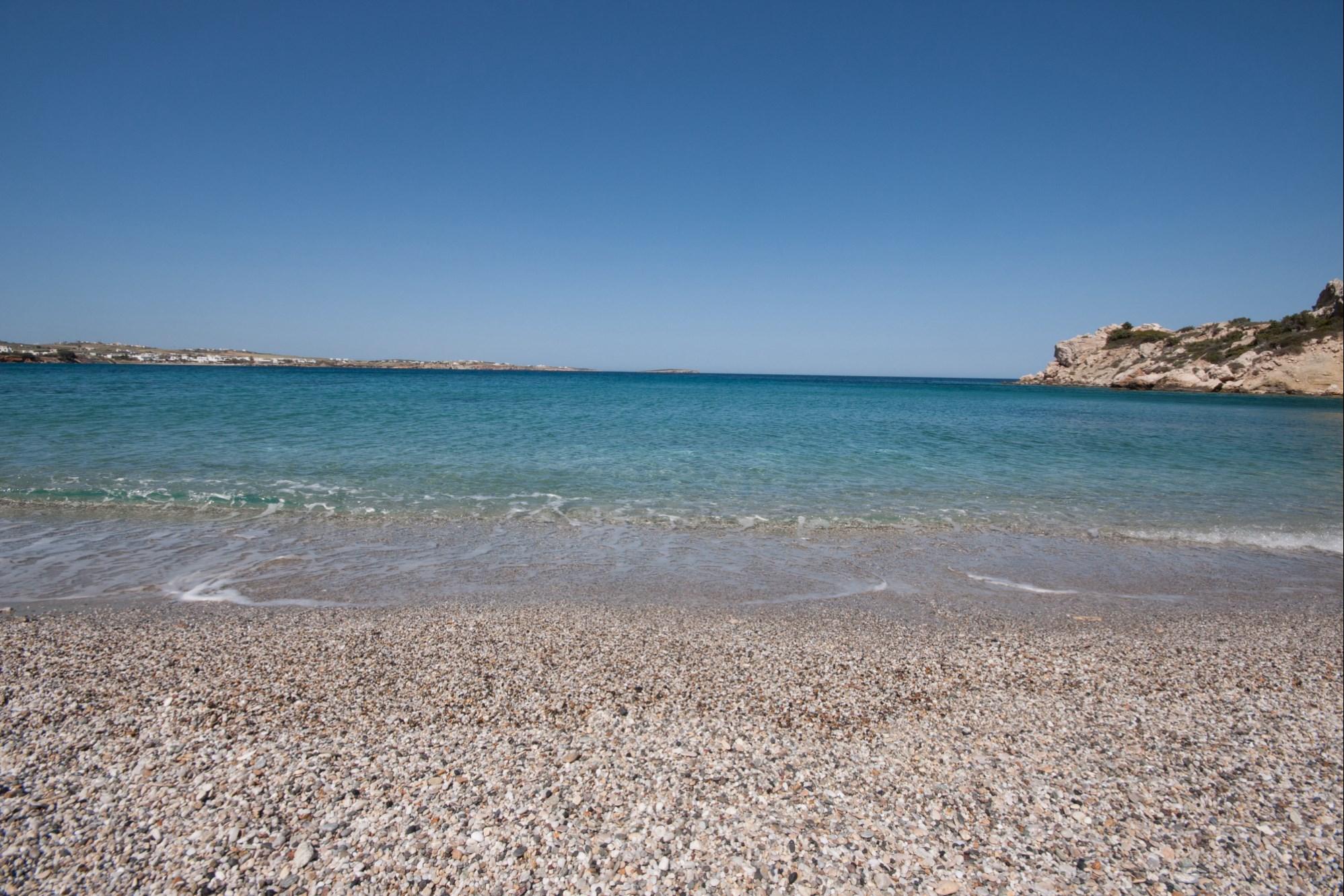 En Grèce, villa à vendre sur l'île de Paros, avec vue sur la mer  et accès aux plages à pied
