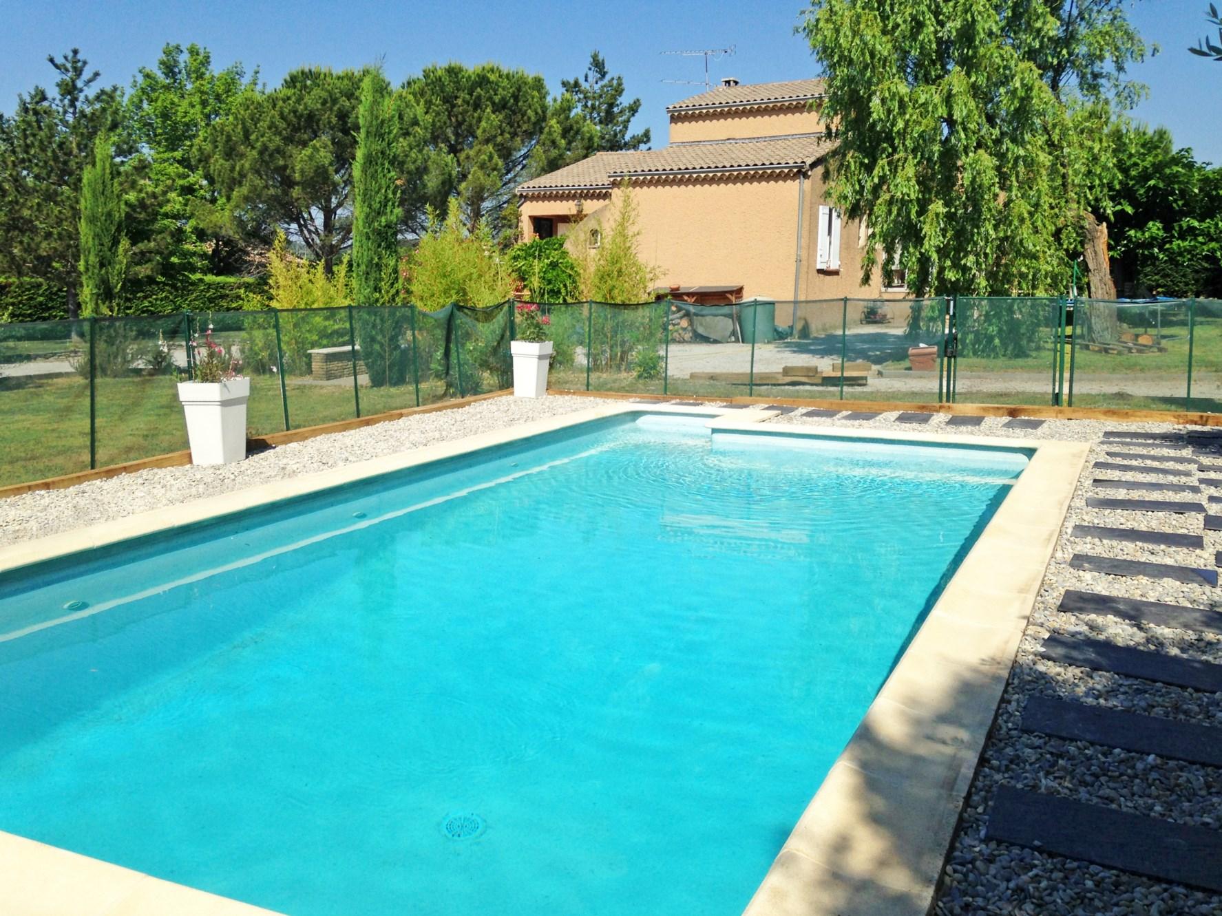 Villa avec piscine à vendre par ROSIER