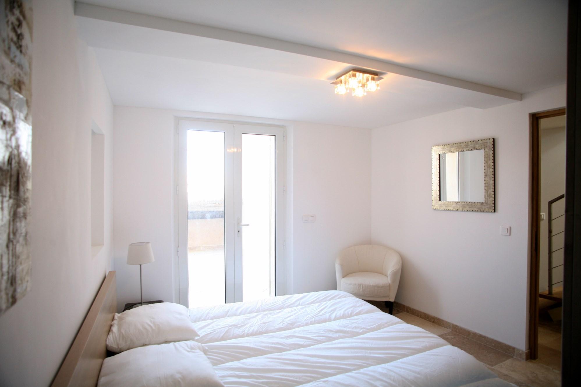 A vendre, Goult en Luberon,  maison de village rénovée avec des matériaux de qualité