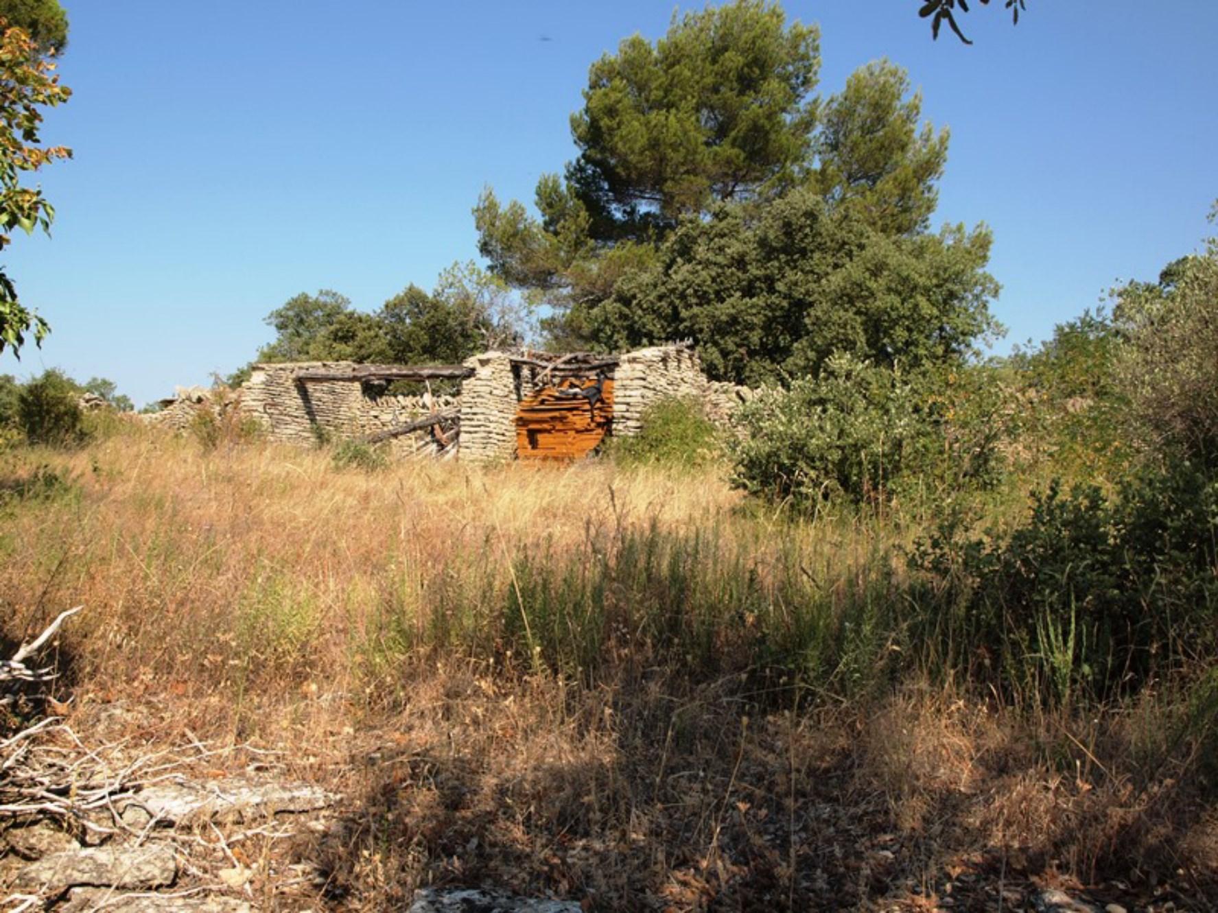 Très beau terrain à bâtir viabilisé à vendre en Provence