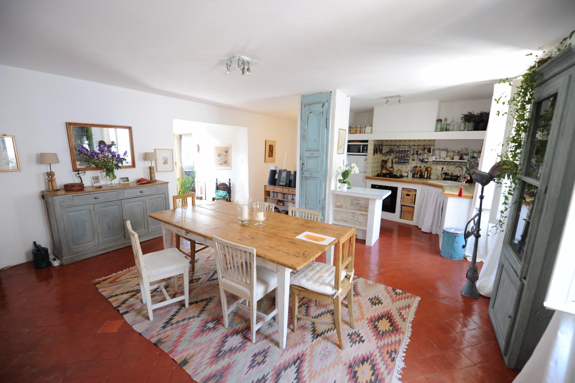 Luberon, à vendre, maison bourgeoise en position centrale,  avec vue panoramique