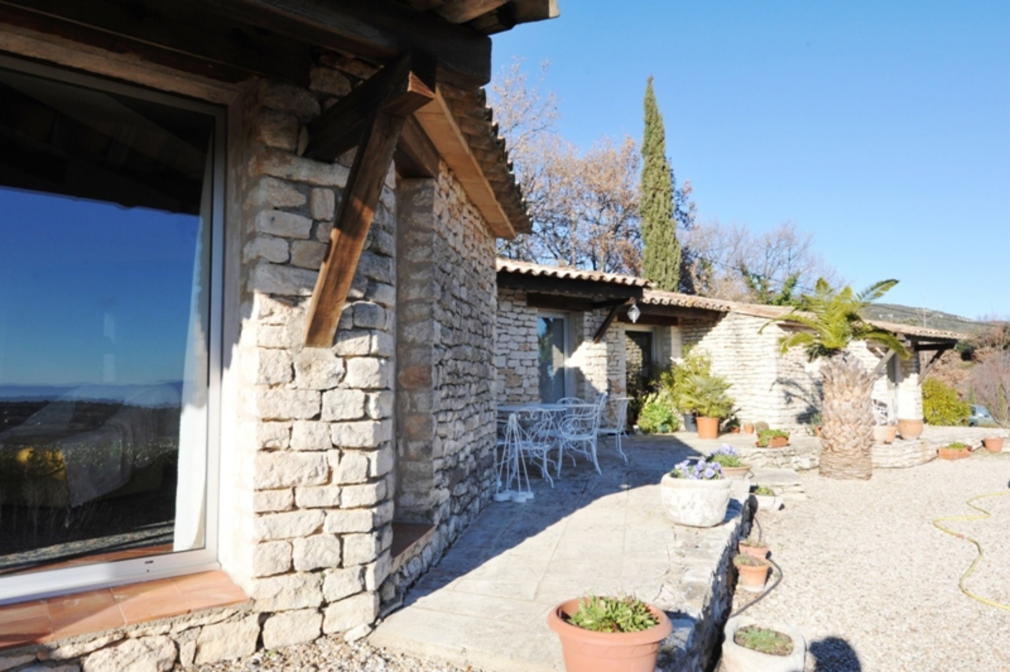 House studio and guest house with views for sale in Luberon - Rosier