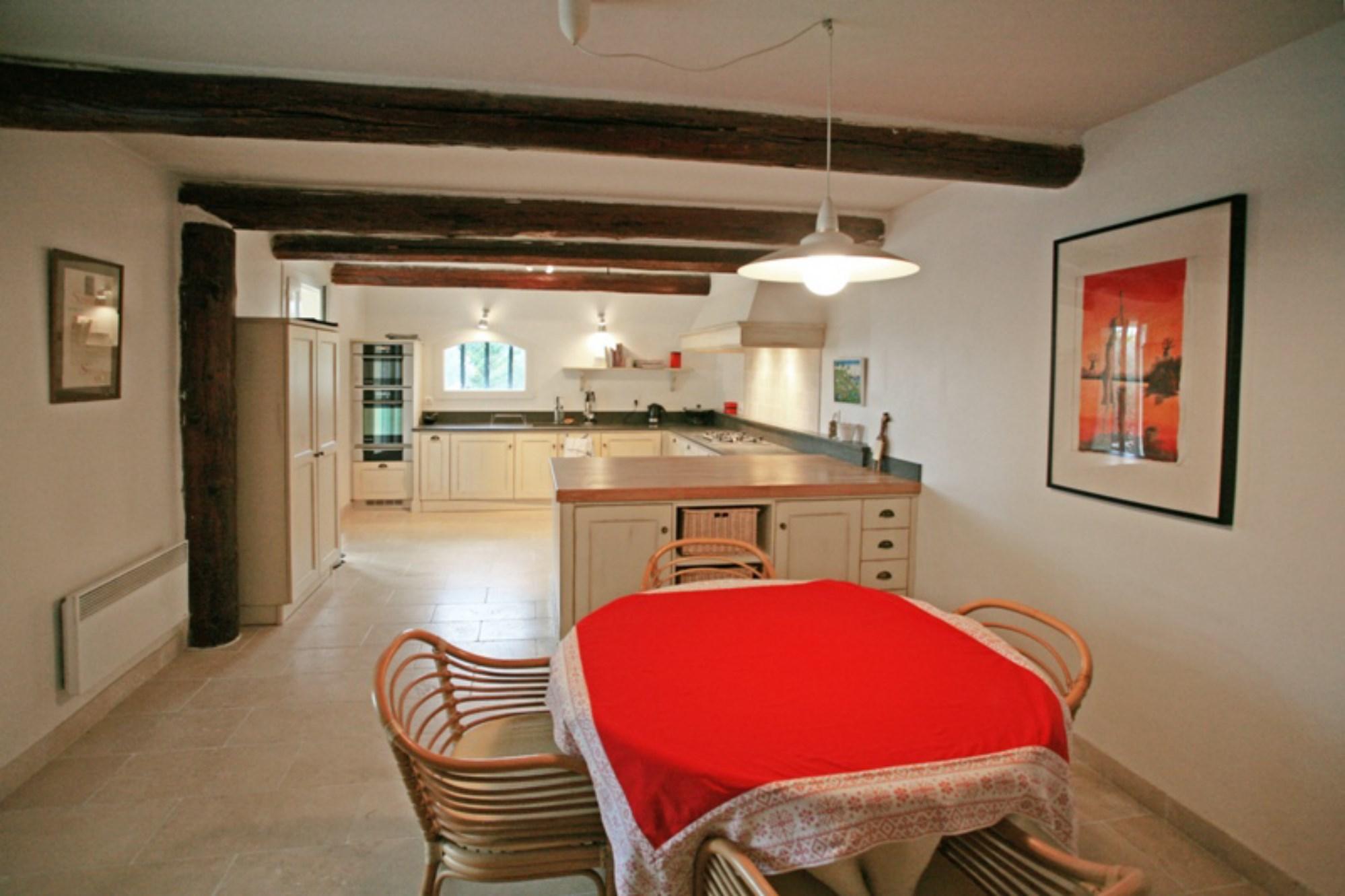 Maison contemporaine à vendre proche de Gordes
