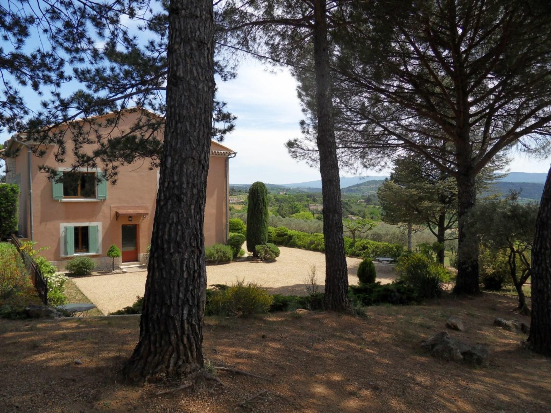 Maison à vendre dans le Luberon par ROSIER