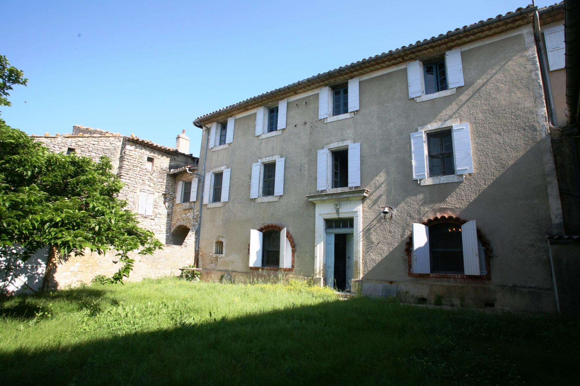 Maison à rénover dans le Luberon