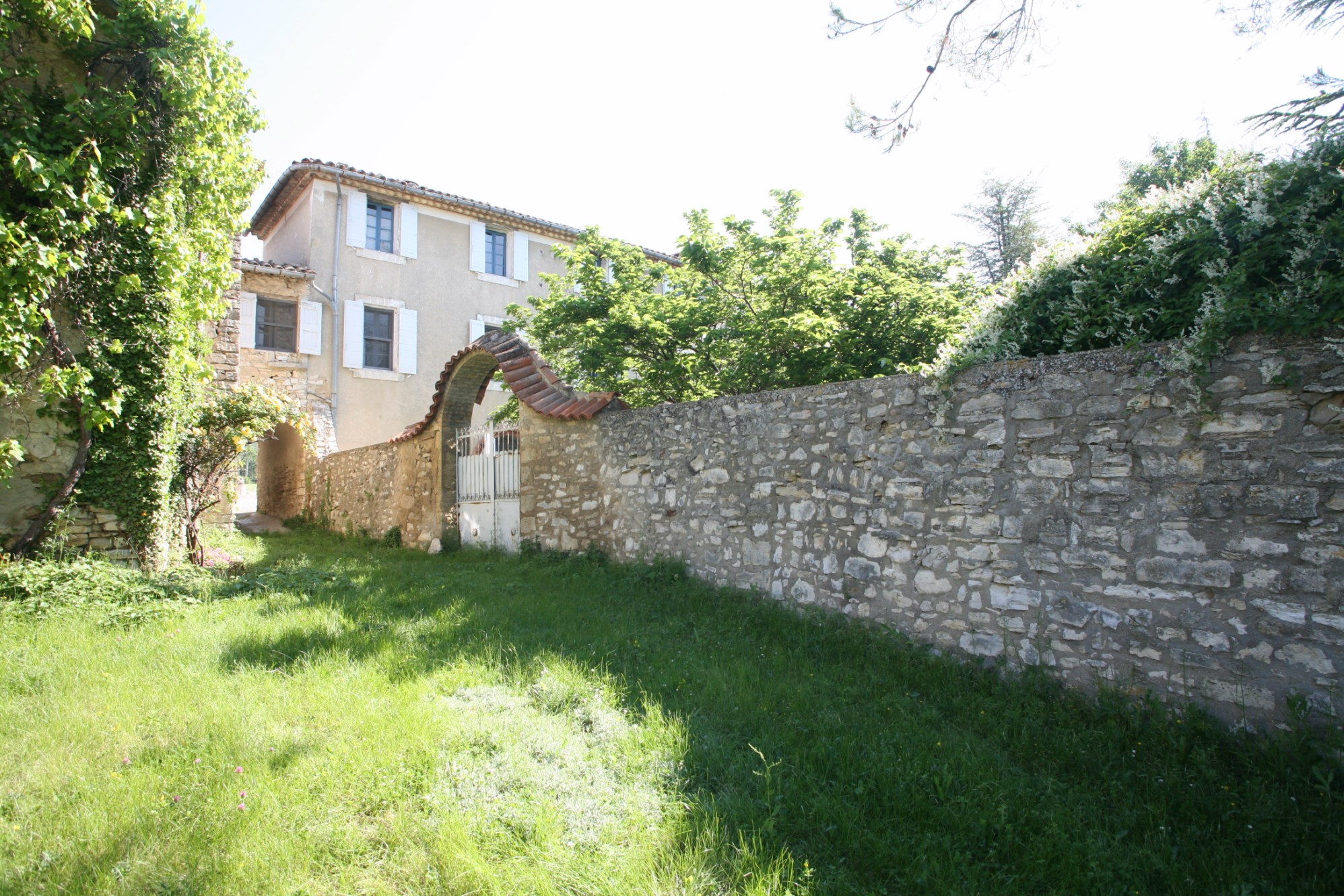 Maison à rénover à vendre dans le Luberon