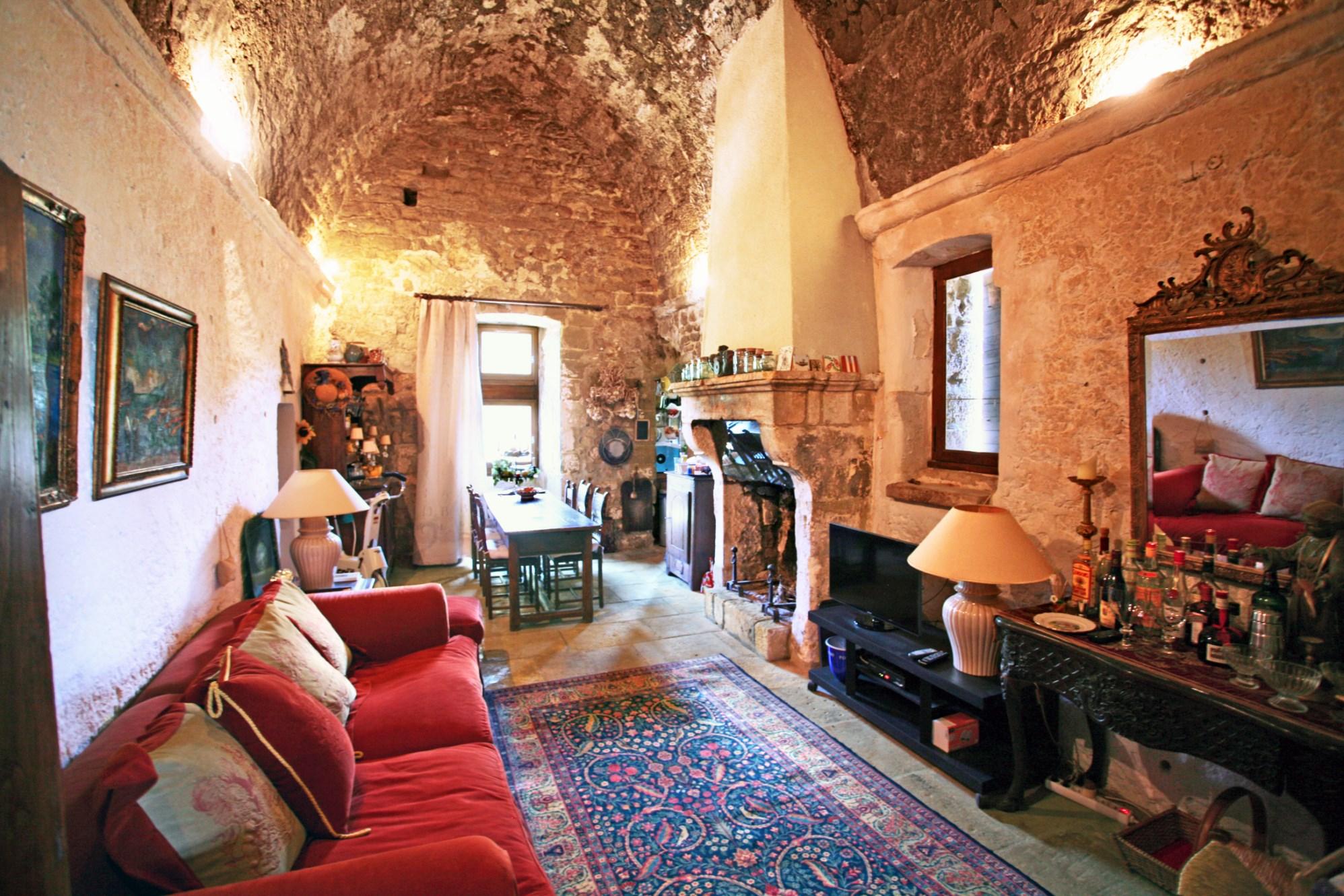 Château à la vente en Provence