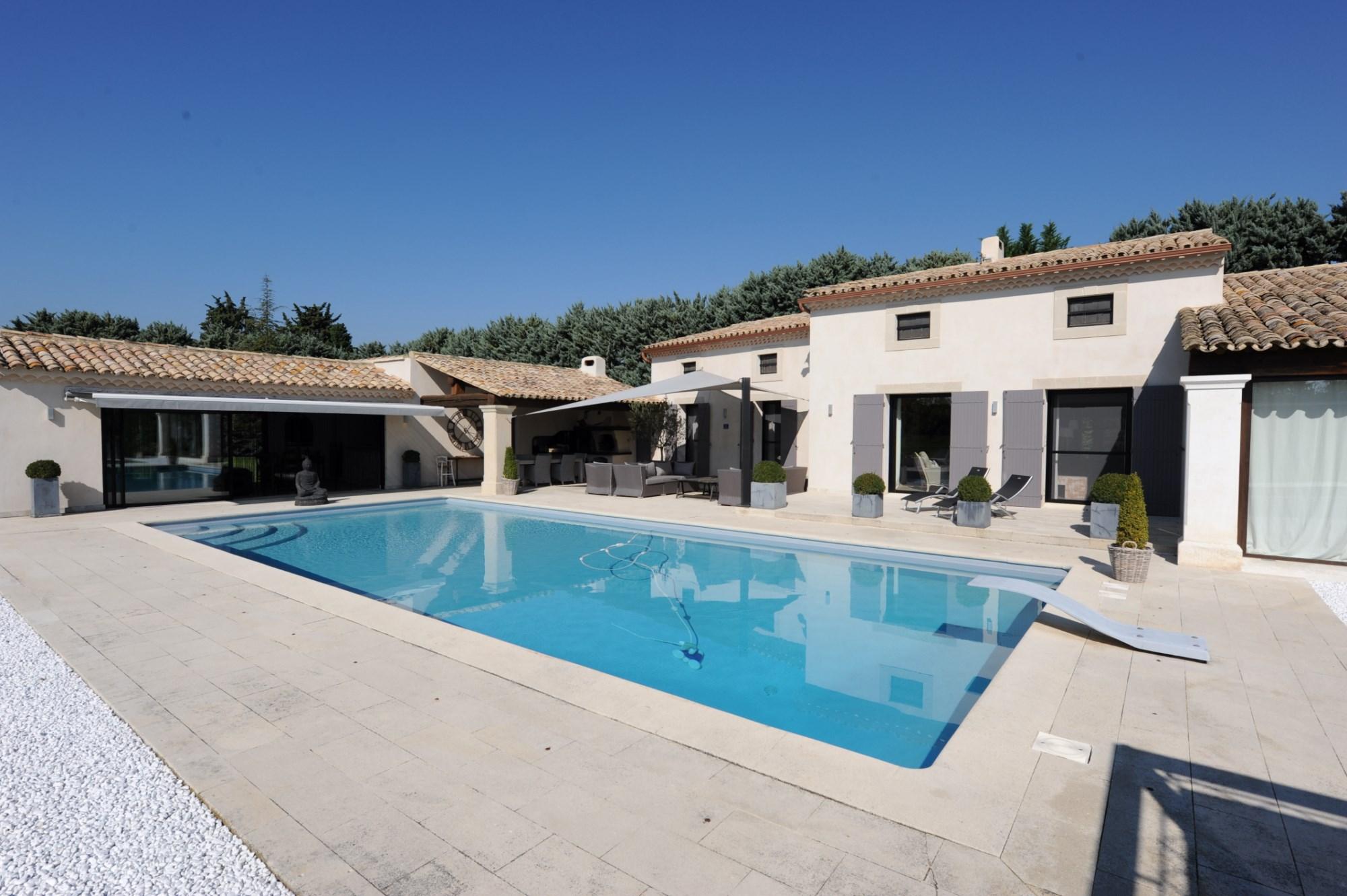 Propriété avec piscine en vente en Luberon