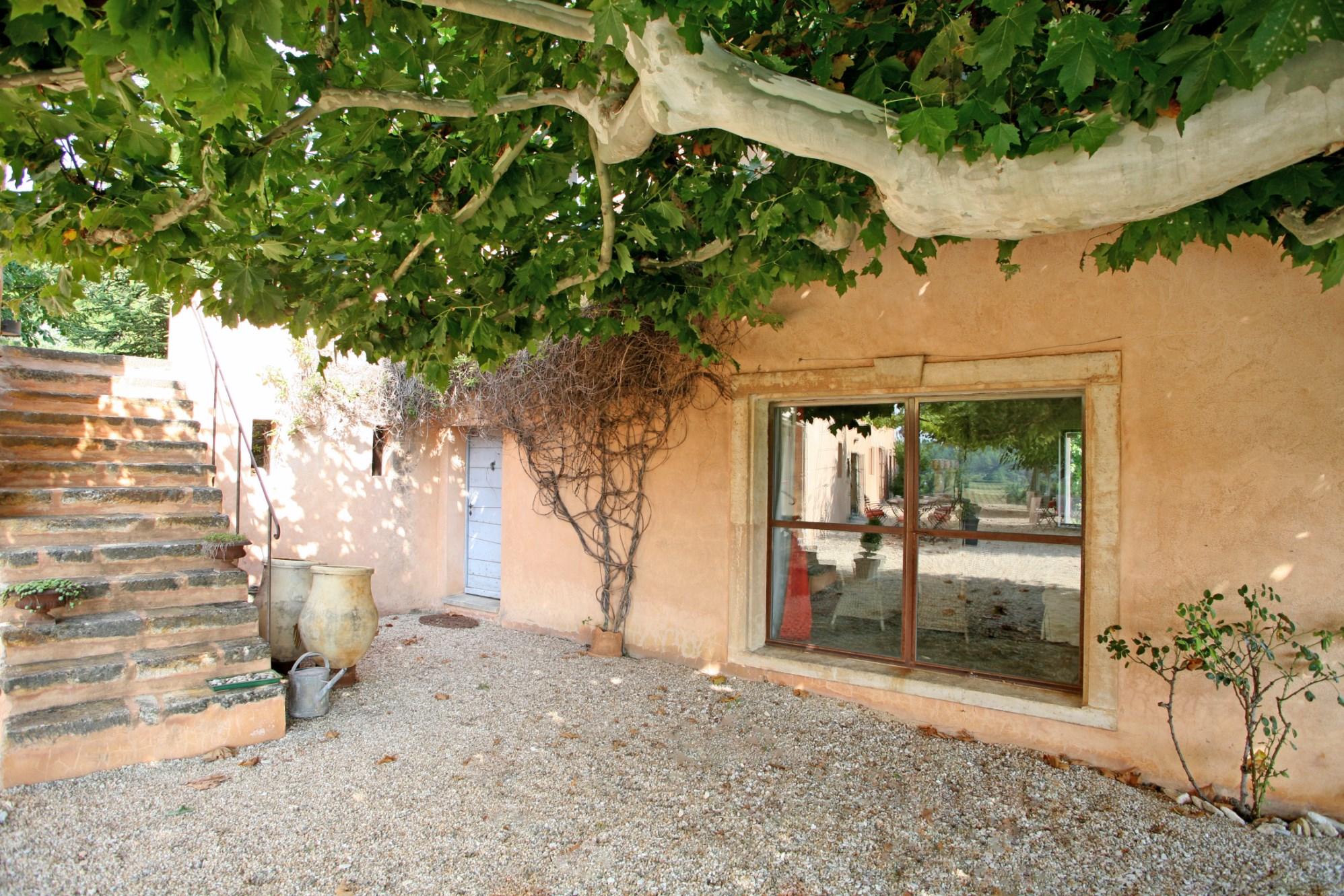 Bastide avec maison de gardien en Provence