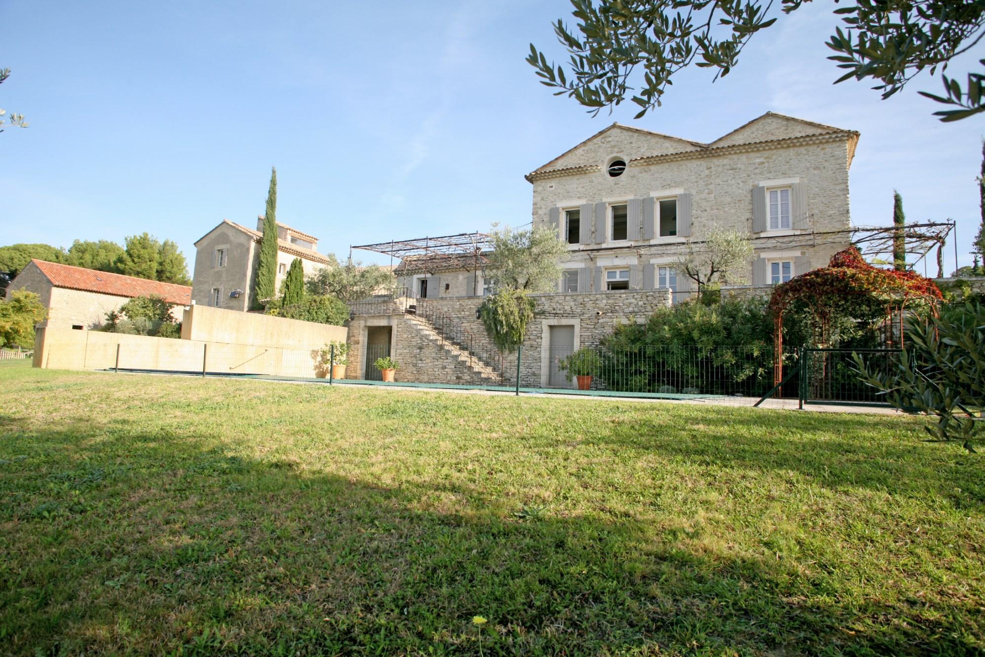 Propriété sur plus de 7 hectares en Provence