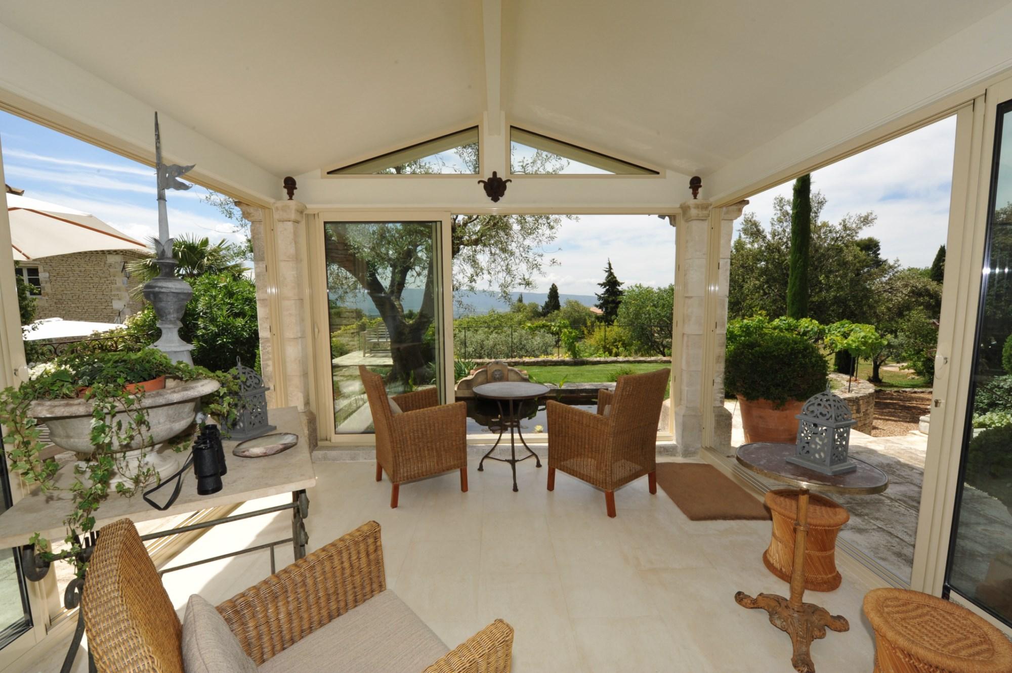 Belle maison avec véranda à vendre en Luberon