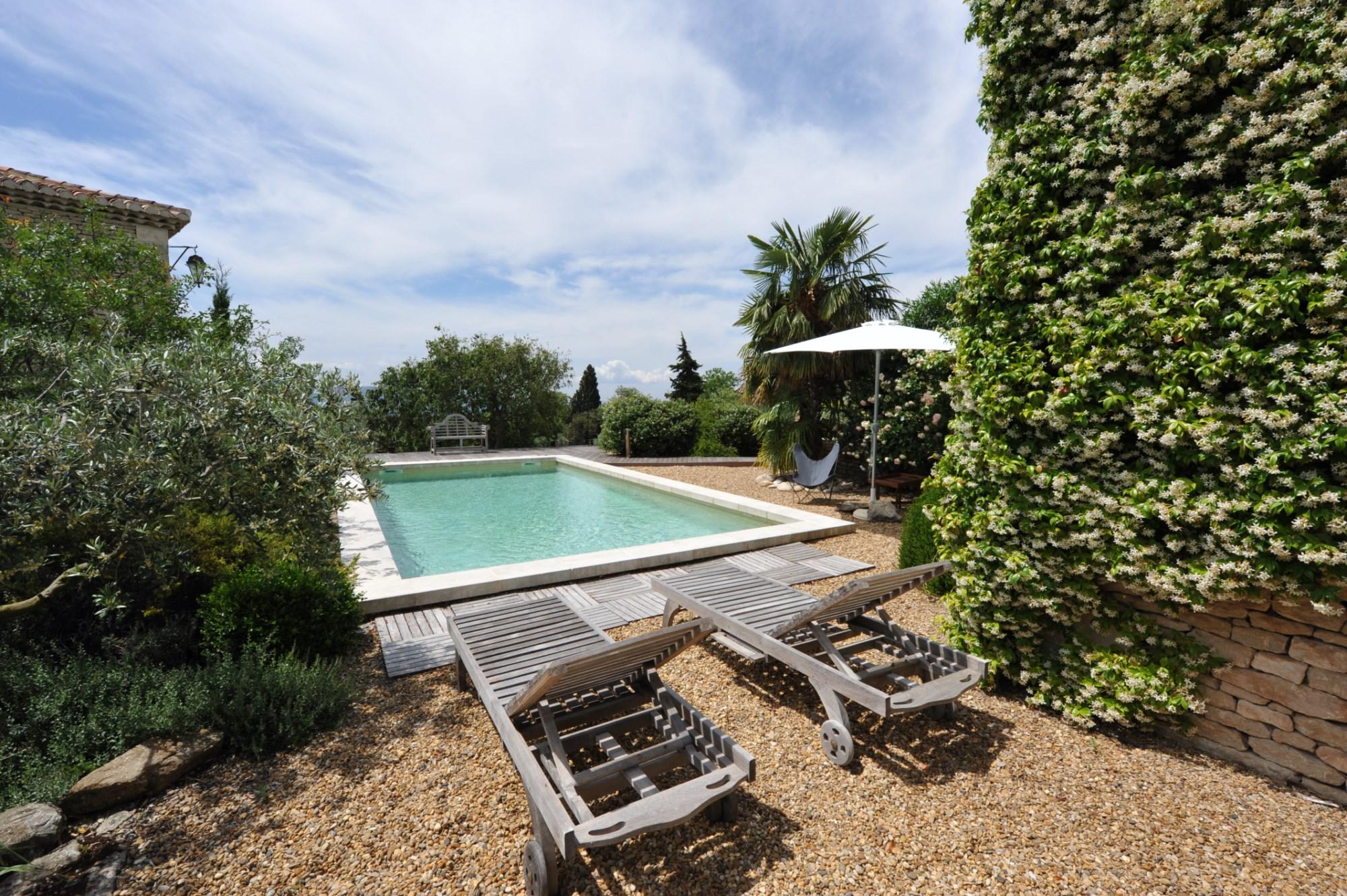 Belle maison avec piscine à vendre en Luberon