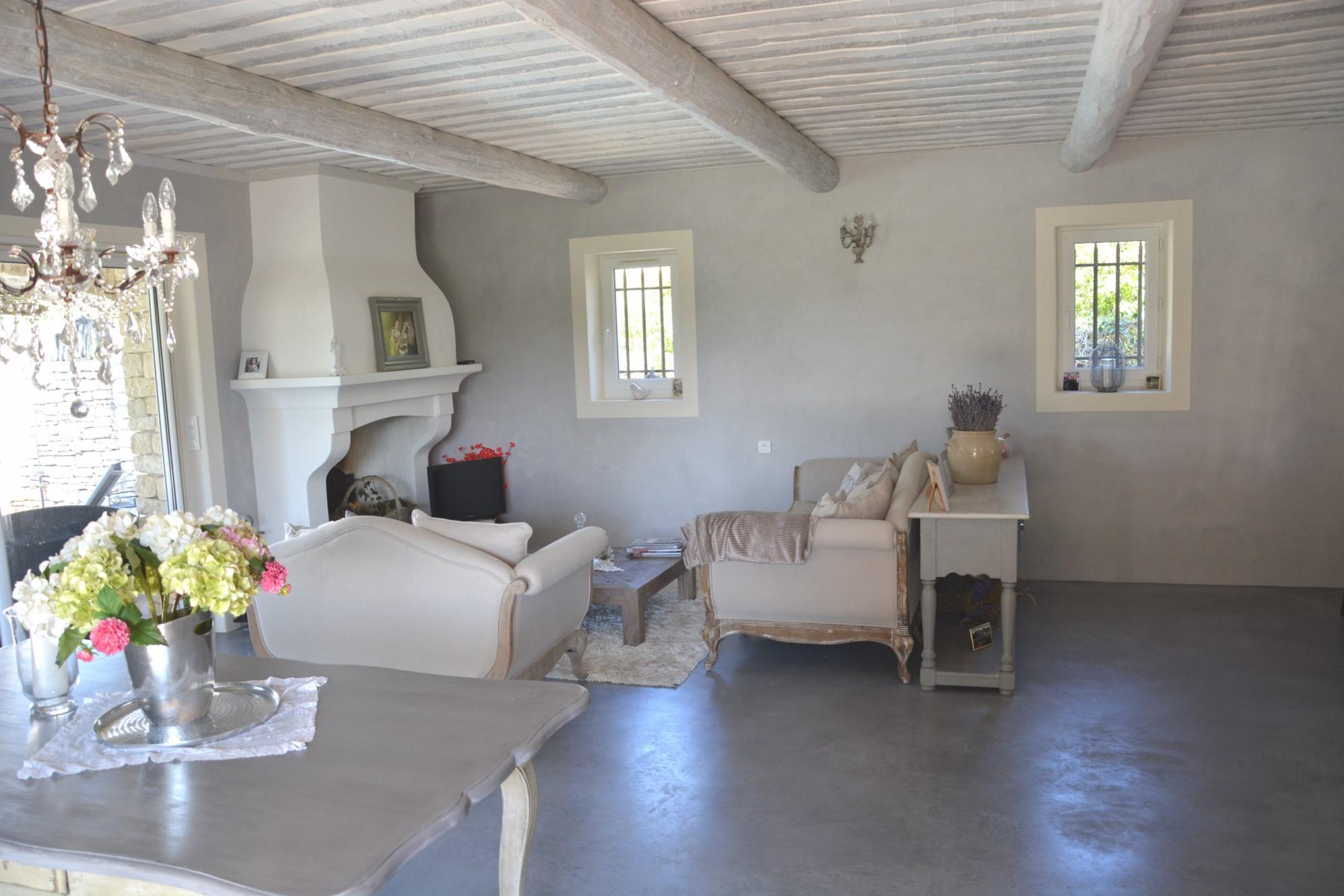 Maison de hameau dans le Luberon à vendre