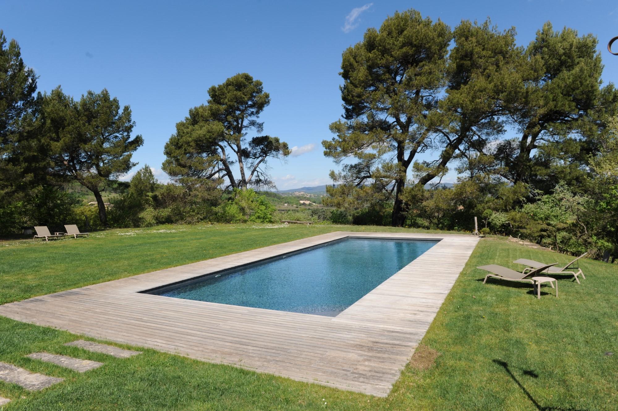 Propriété avec piscine et vue en Luberon