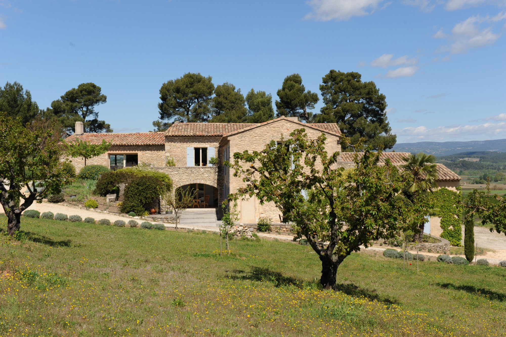 Luxury Real Estate Provence In The Heart Of Golden Triangle Luberon For Sale Stone Farmhouse Approximately 700 Sqm Located On A Plot Over