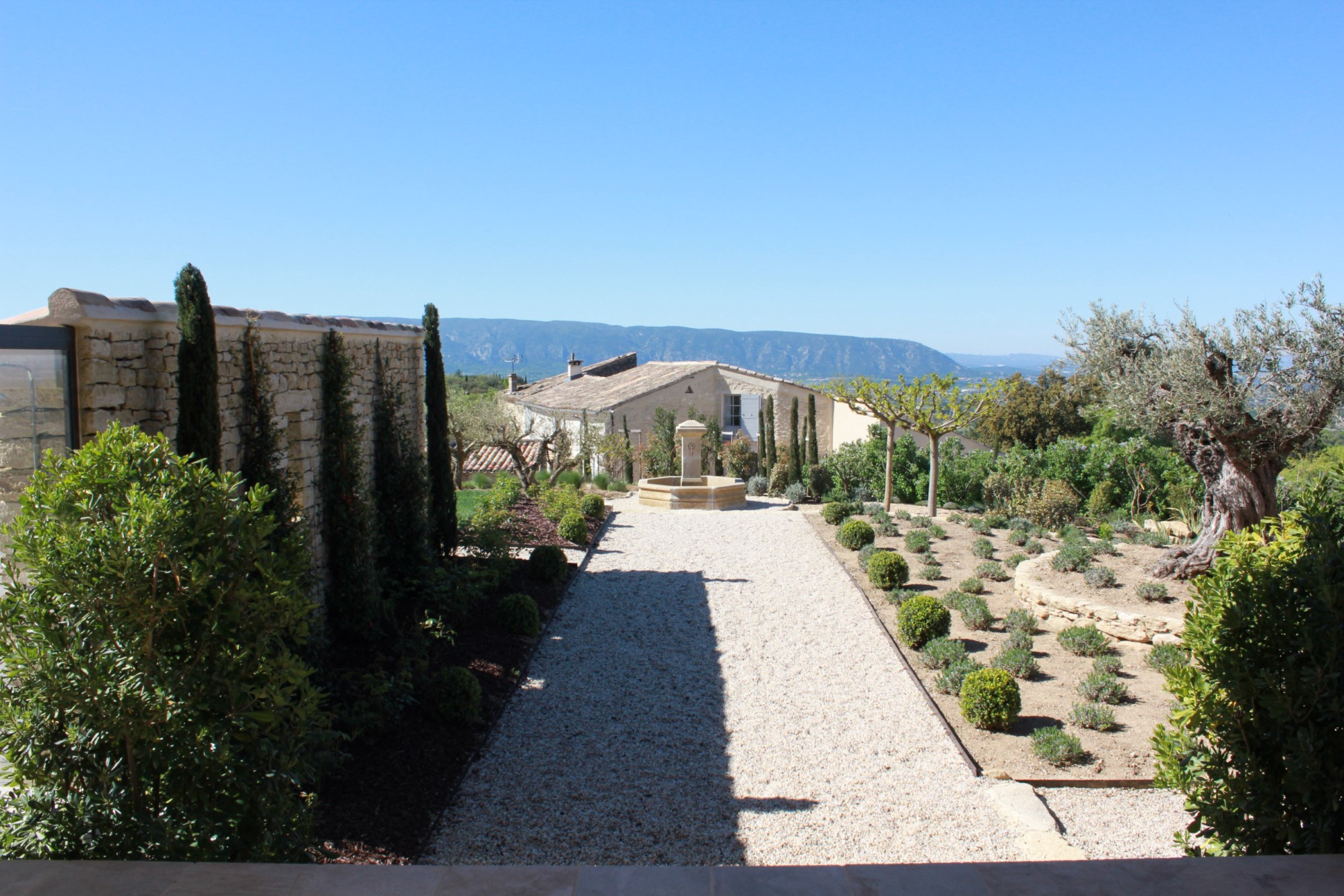 Maison traditionnelle avec vue superbe en Provence
