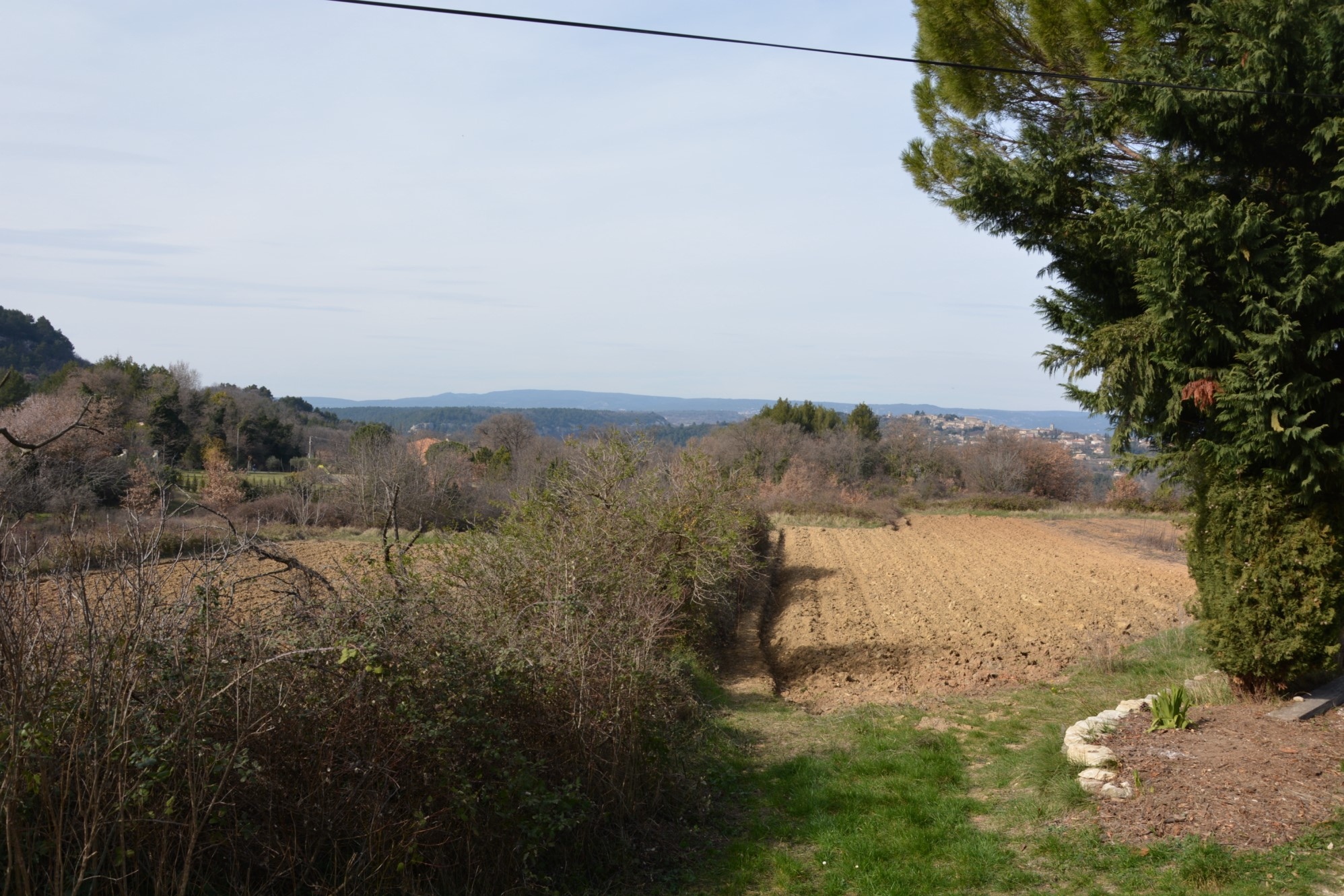 Authentique maison de hameau à vendre à Goult dans un cadre idyllique avec vue