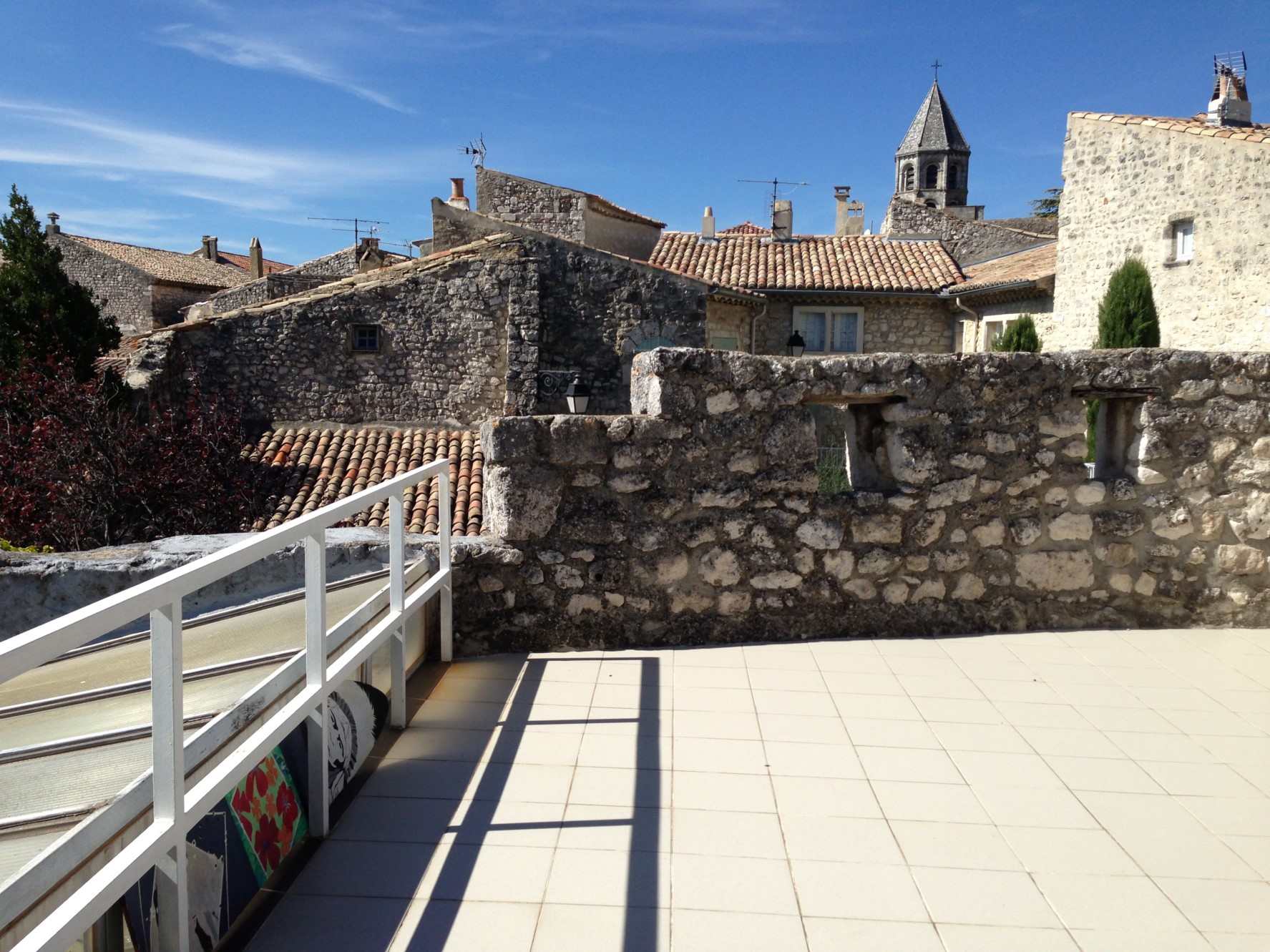 Maison atypique avec terrasse à vendre en Provence