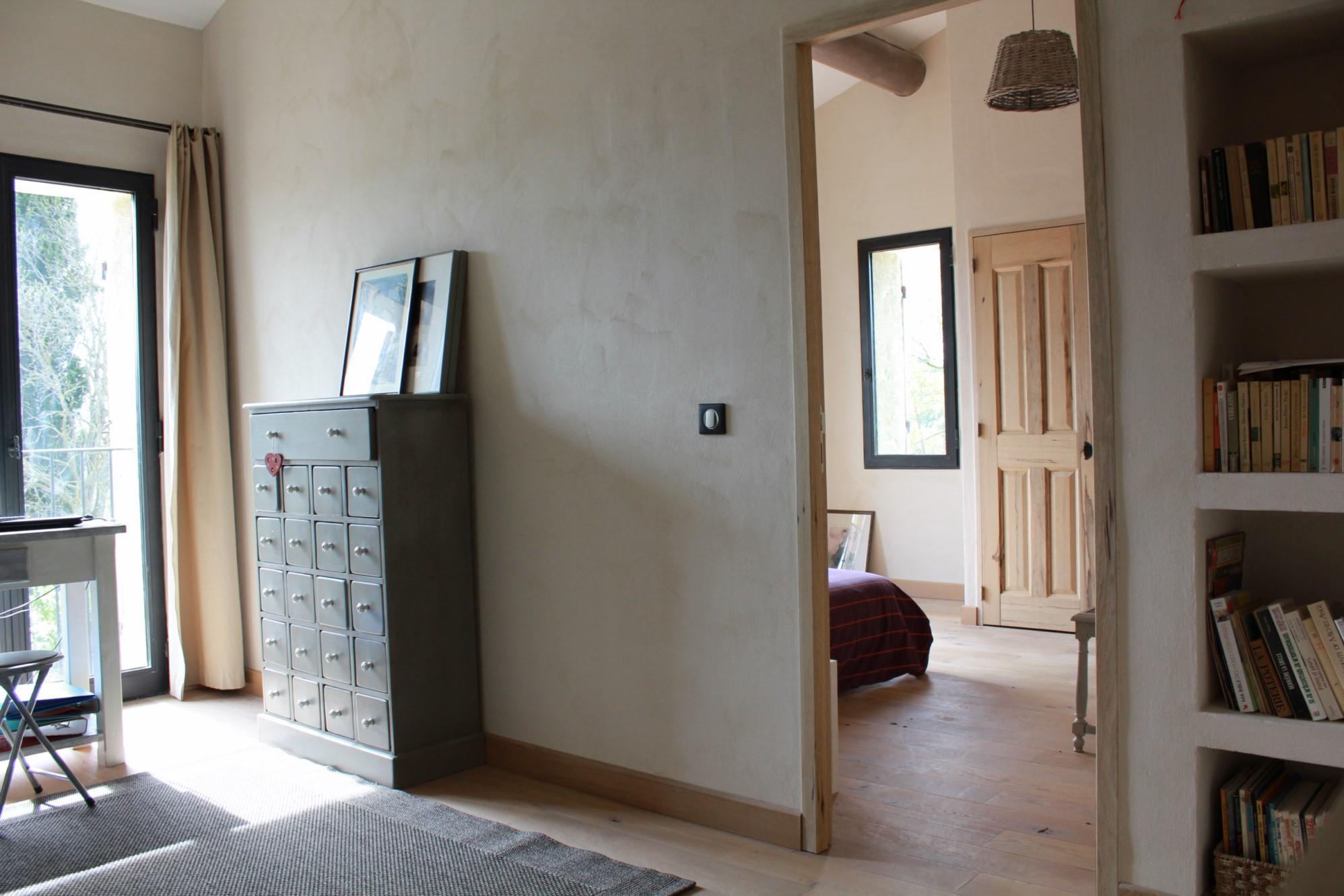 Maison de village restaurée avec goût  Saint Pantaléon