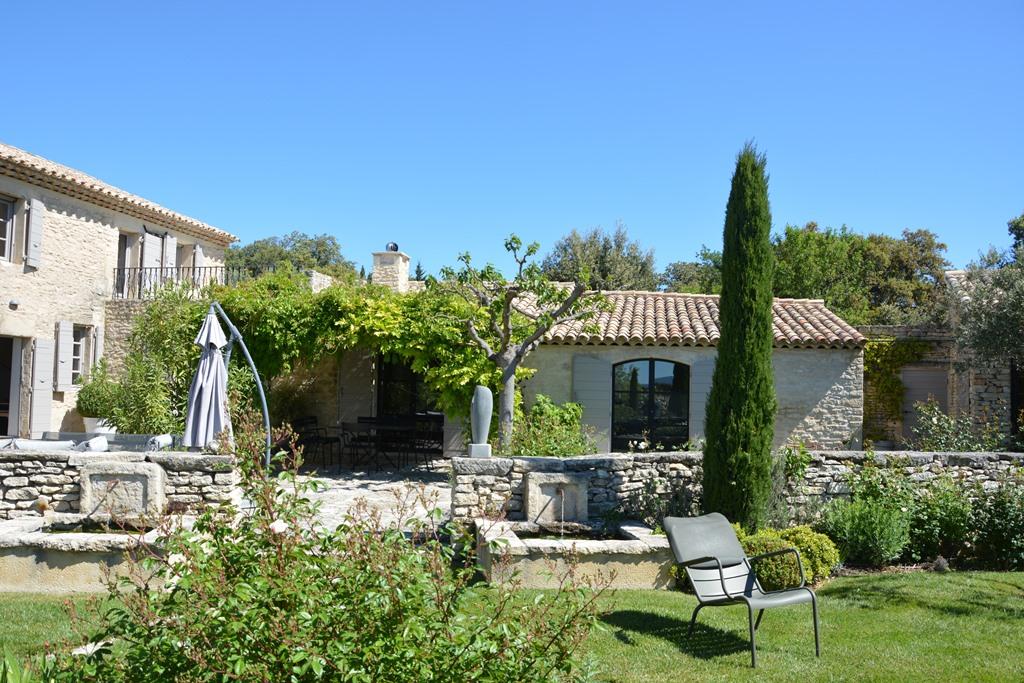 Cuine Provençale et mets locaux