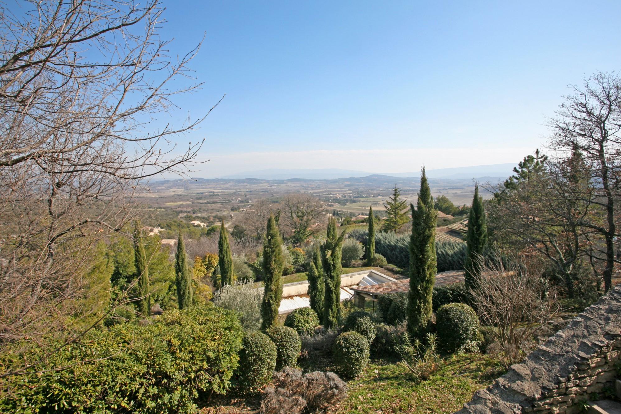Maison à reconstruire avec vue en Provence