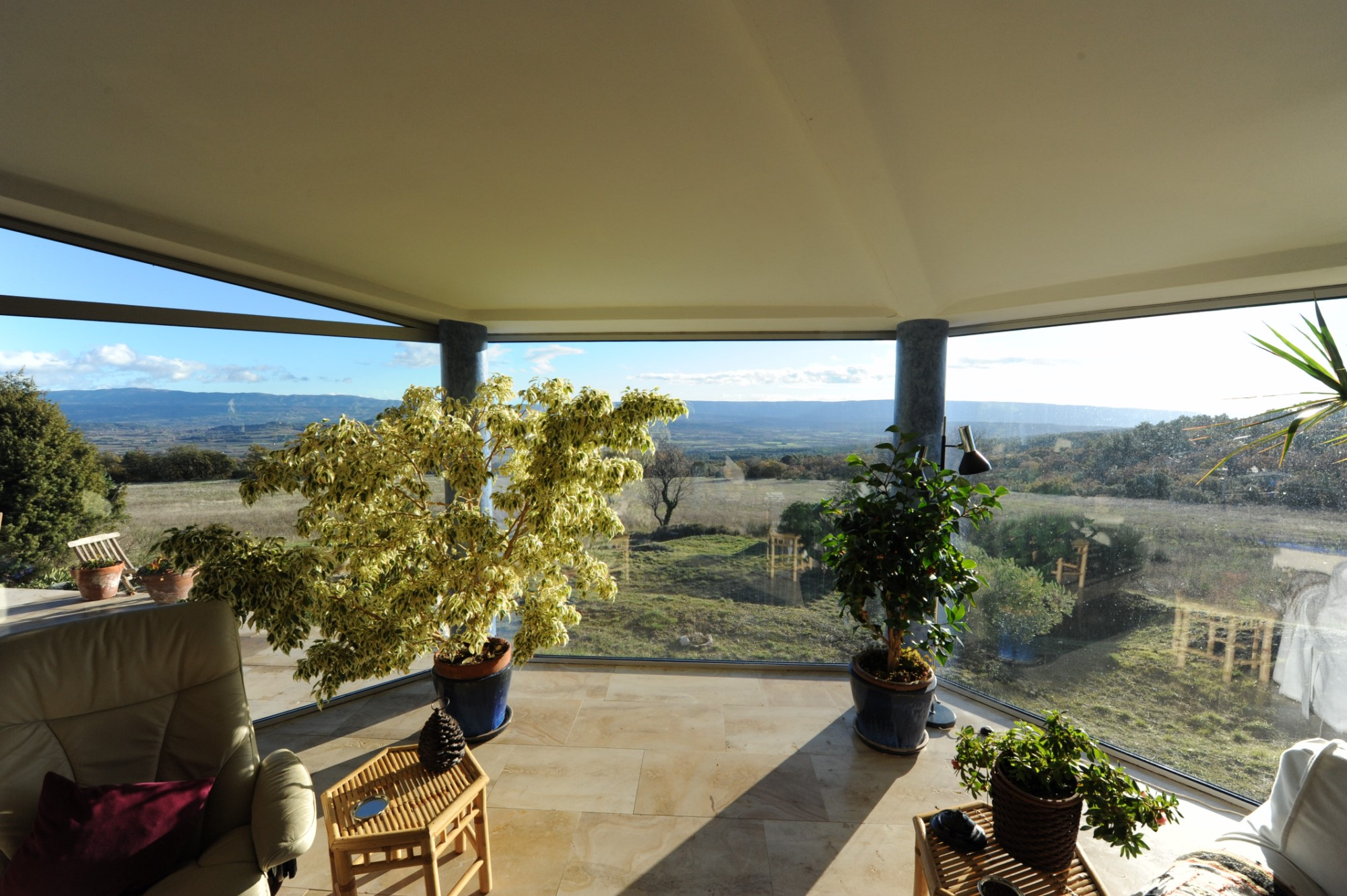 Contemporary house for sale in Provence