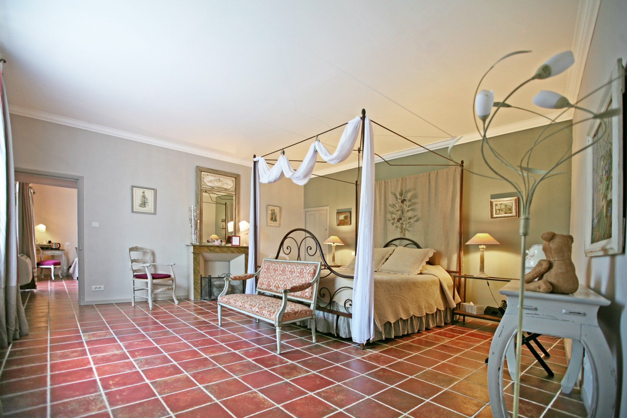 Bastide provençale avec grand jardin et piscine à vendre en Provence
