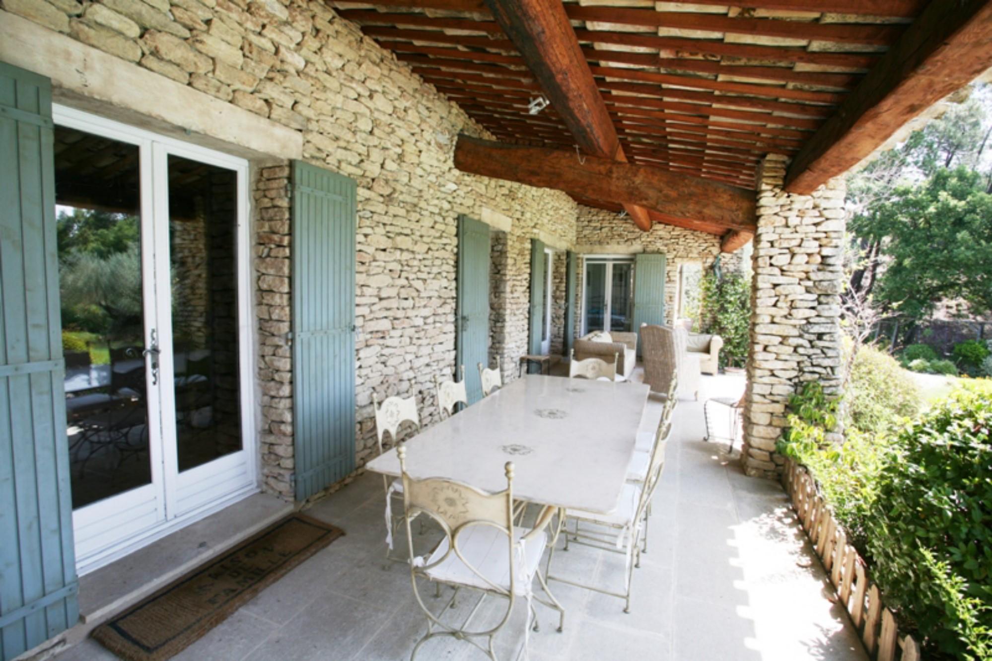 Maison avec piscine et tennis à vendre en Provence