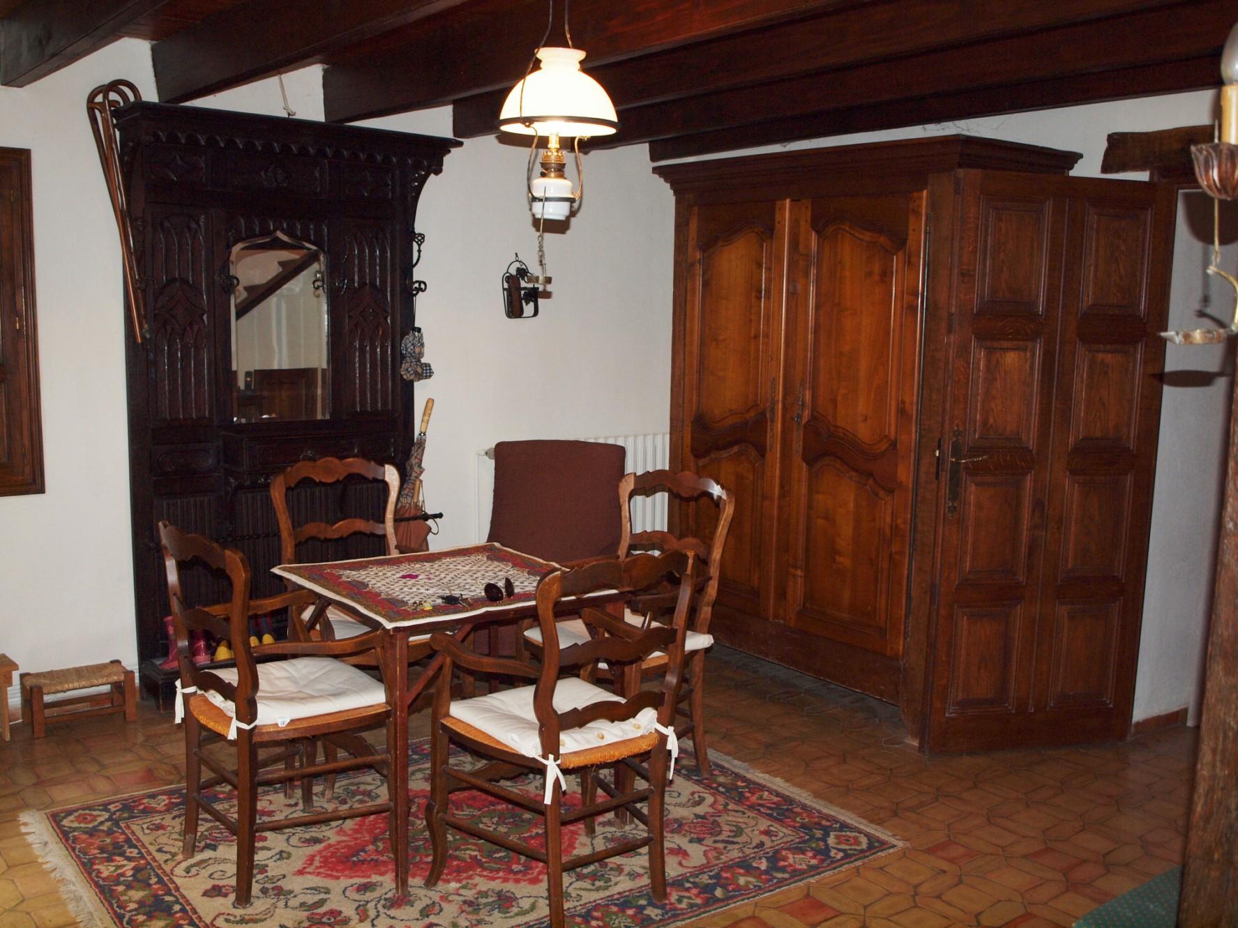 Pays de Sault, maison bourgeoise à vendre sur 27 hectares