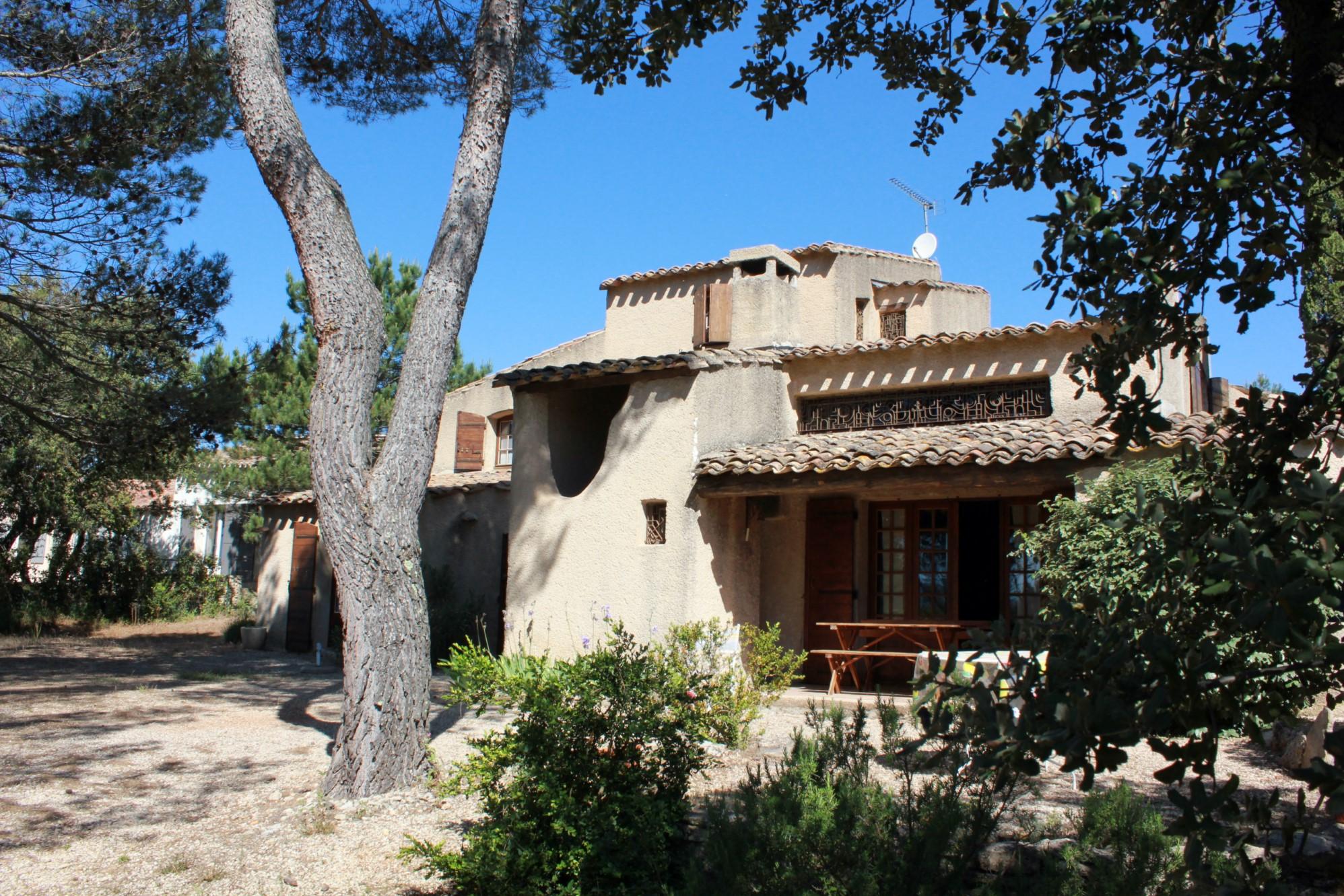 Maison traditionnelle dans le Luberon