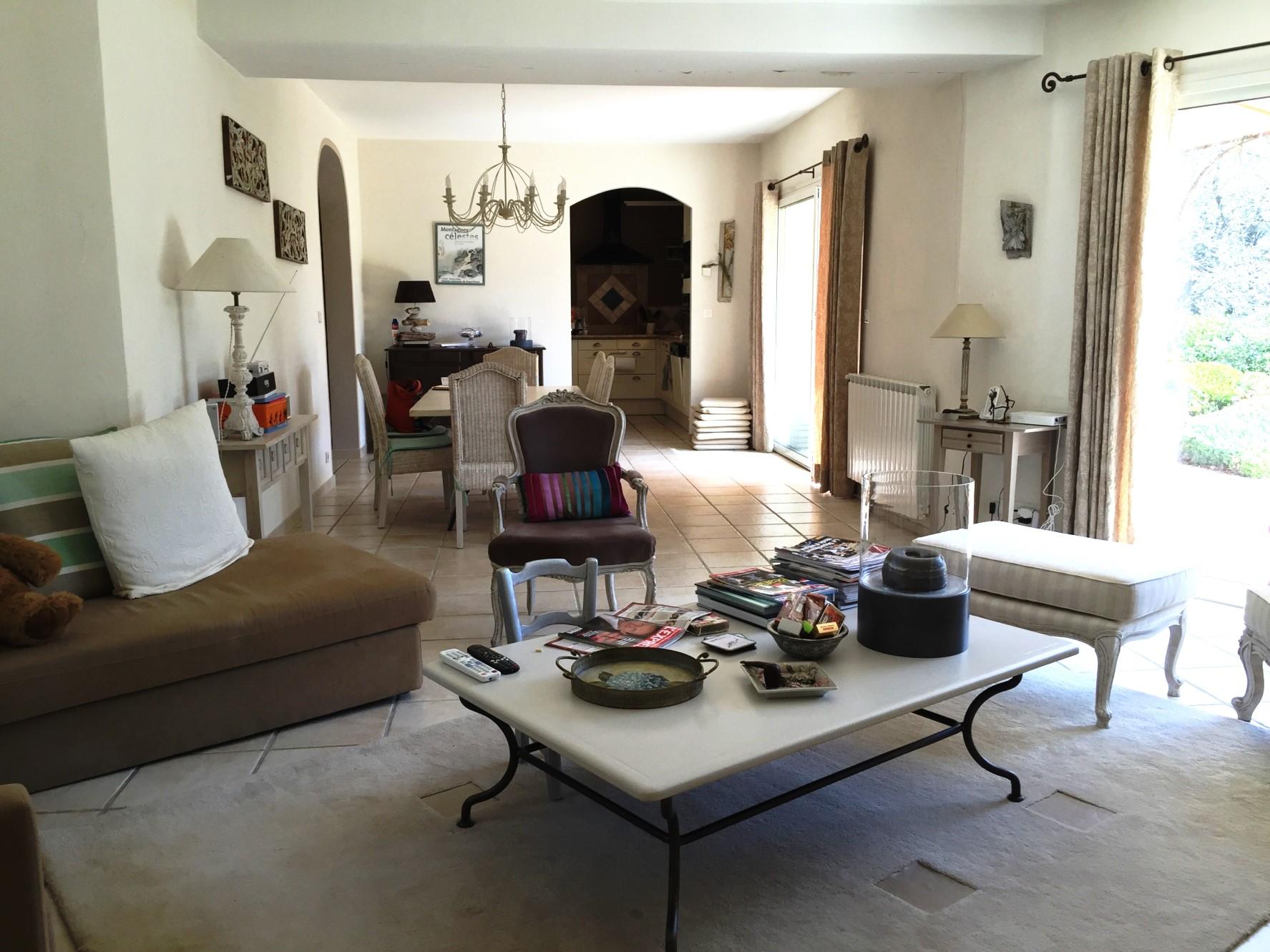 Belle maison à vendre à Roussillon dans le Luberon