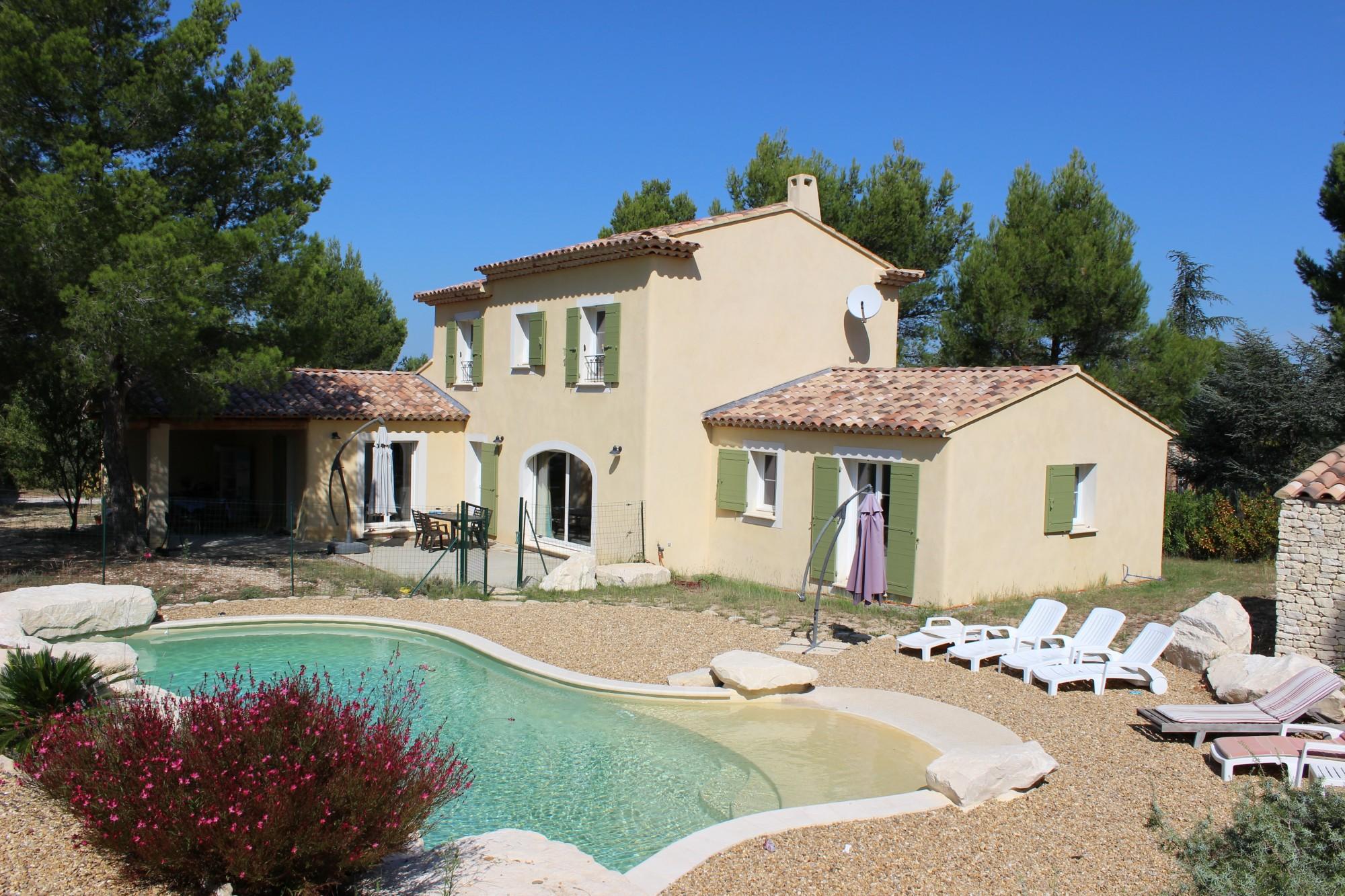 Au coeur du Luberon, belle villa avec piscine