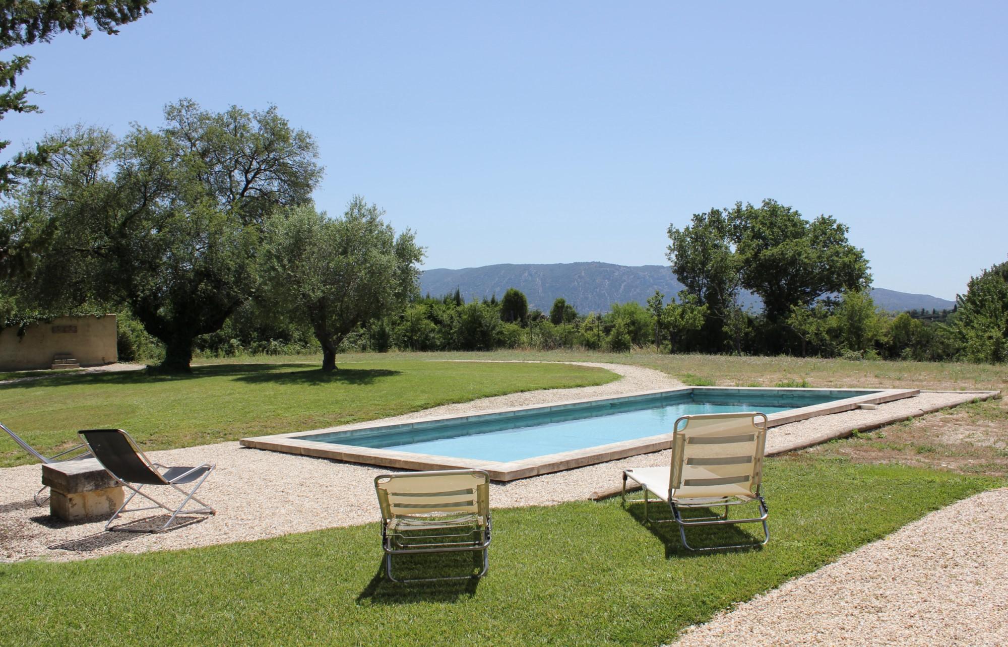 Jolie maison de plain pied avec piscine à vendre en Provence