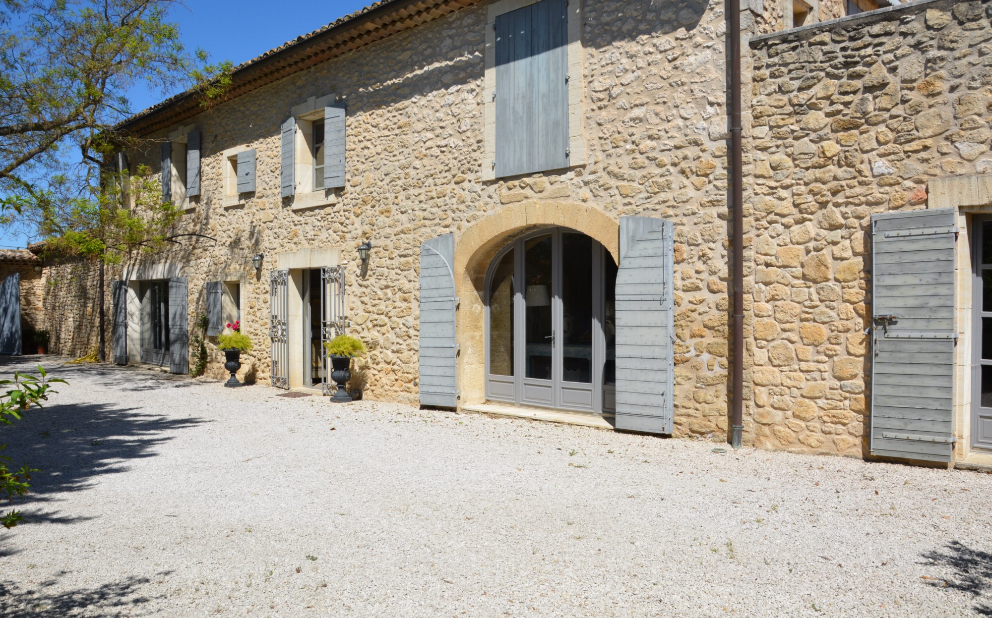 Farmhouse for sale in Provence