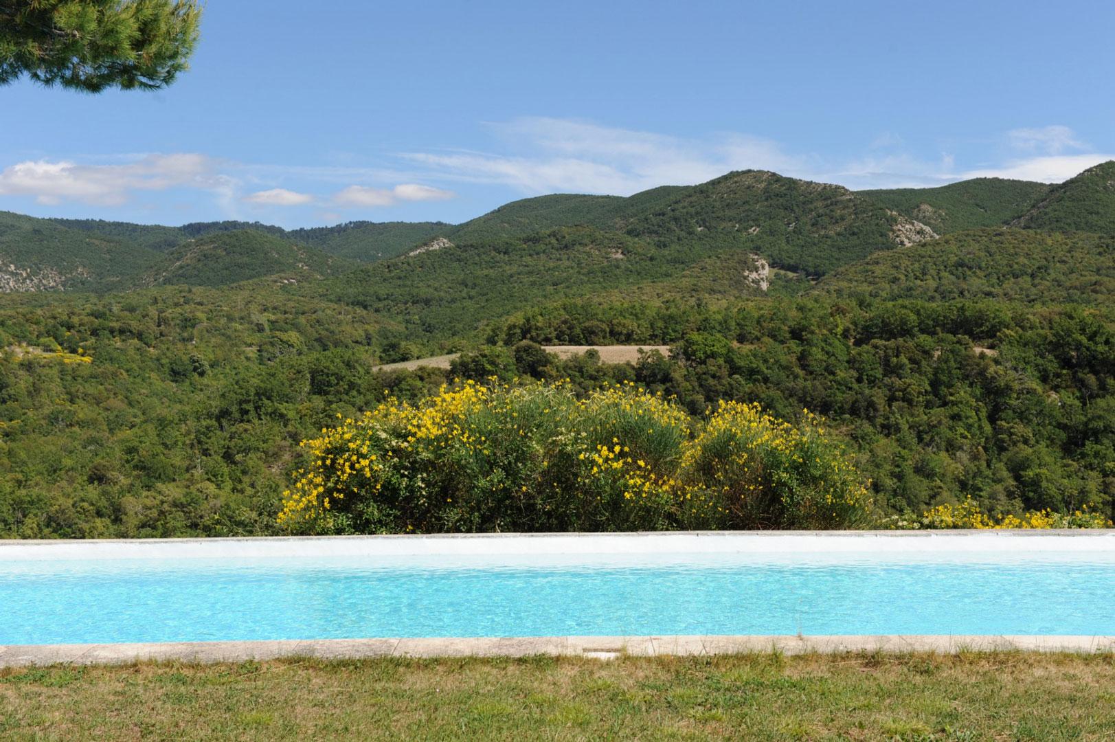 Belle propriété avec vue à vendre dans le Luberon