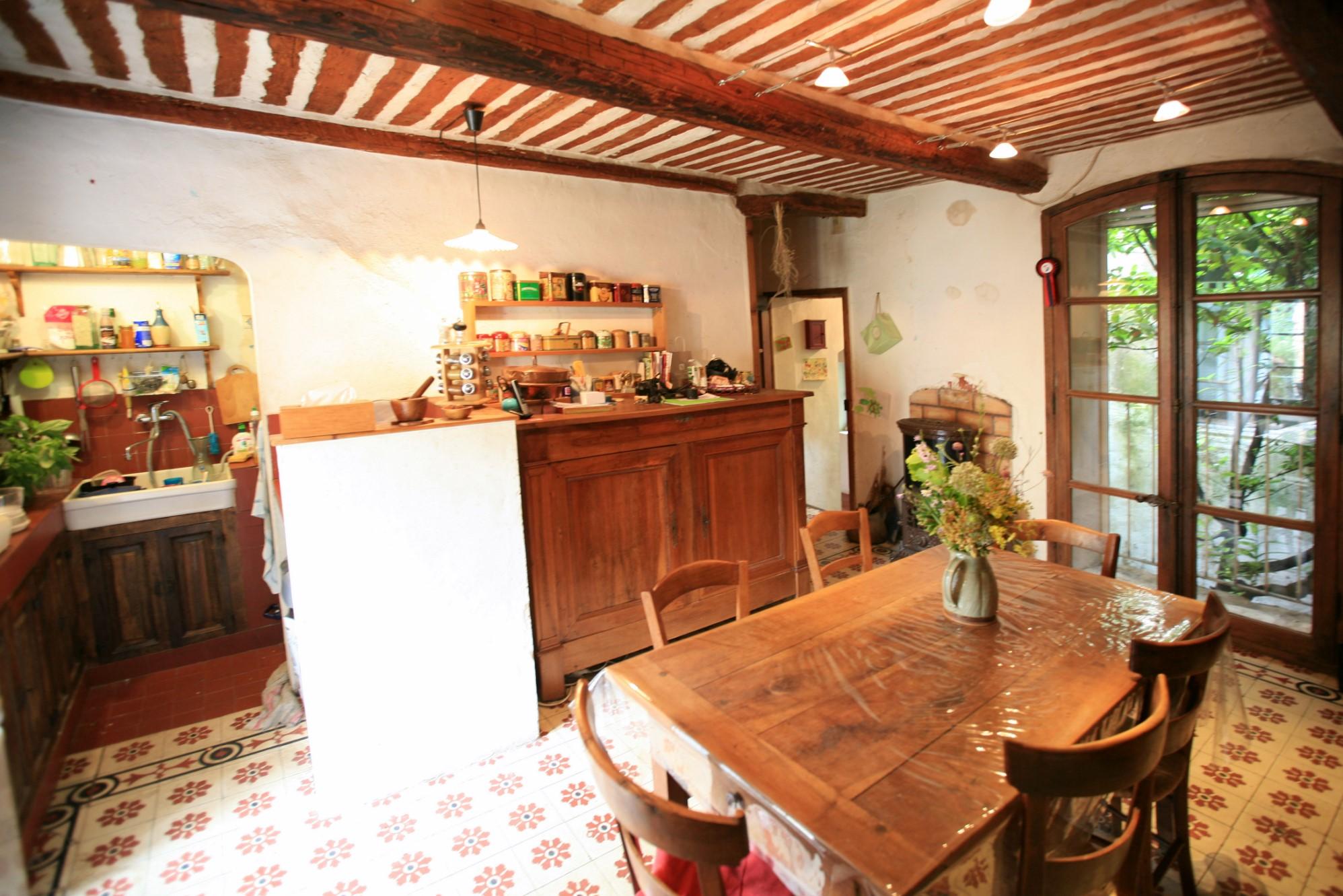 Maison de hameau à vendre proche de Gordes