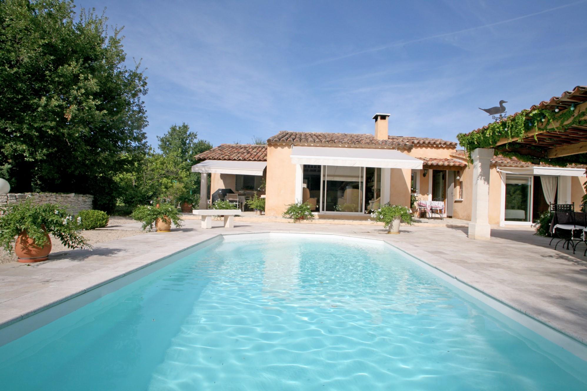 Belle maison à vendre par l'agence ROSIER à Gordes