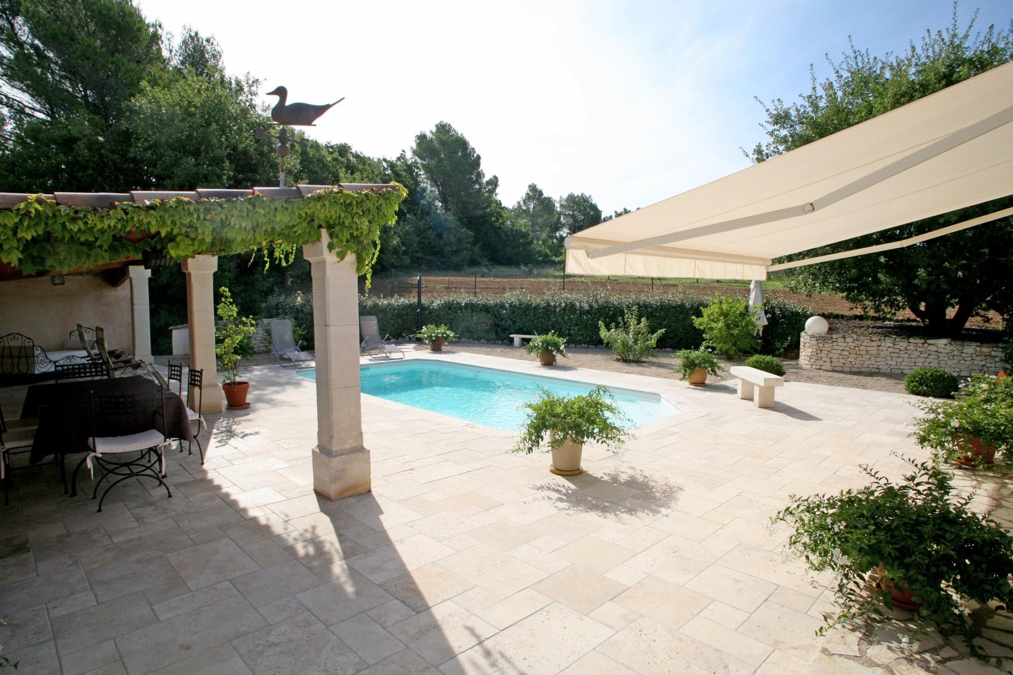 Belle maison à vendre par l'agence ROSIER en Provence